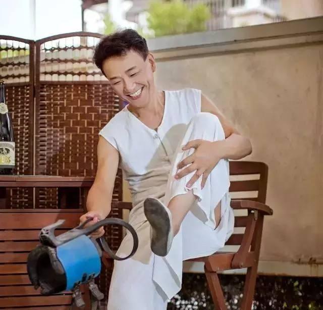 il nonno cinese che dimostra 20 anni