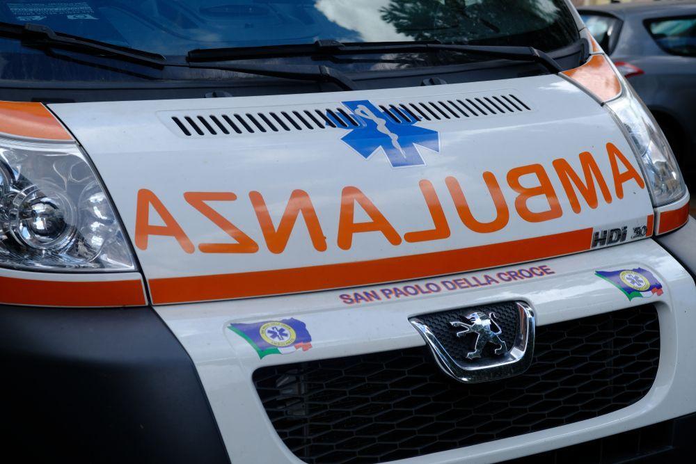 Spray urticante spruzzato a scuola, 11 persone finiscono in ospedale