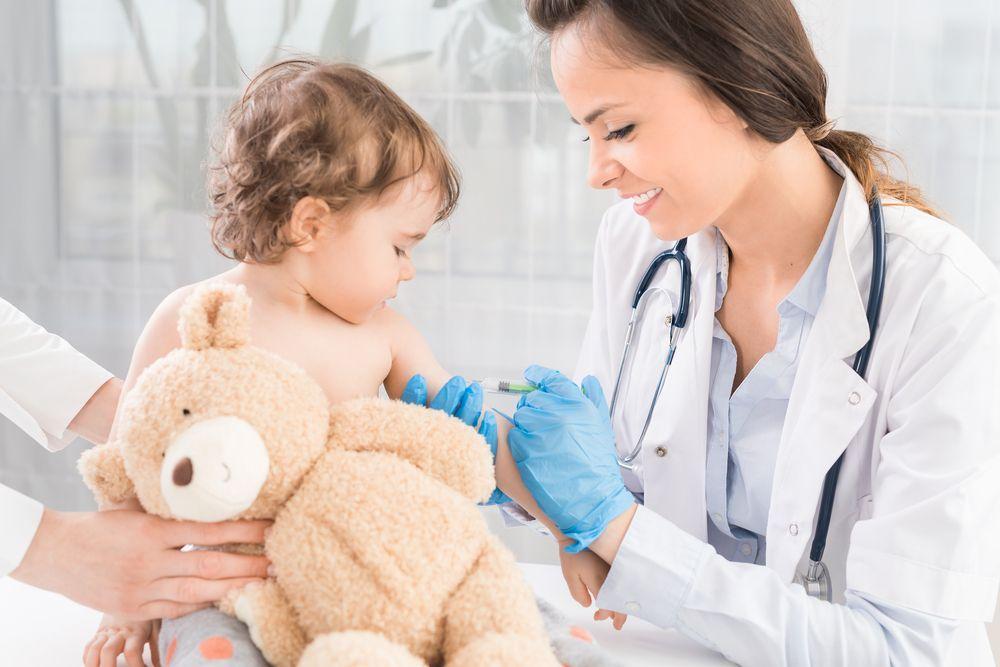 Dal Varicella Party a Cicciobello Morbillino: la polemica sui vaccini ci sta sfuggendo di mano