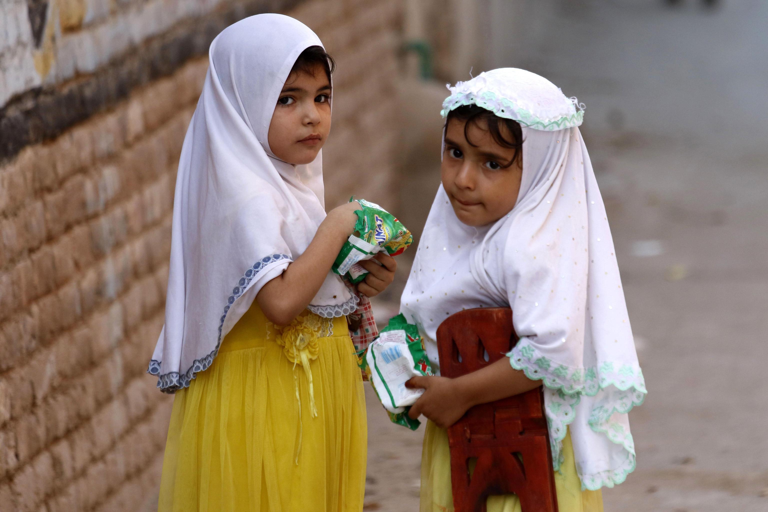 Pakistan: stuprata e uccisa a sette anni, ritrovato il corpo con un braccio amputato