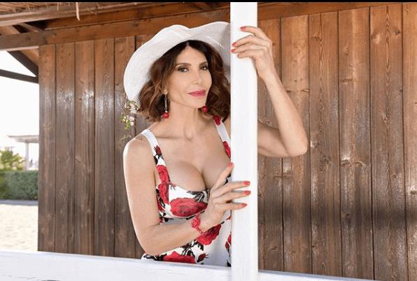 Carmen Di Pietro: 'Il mio nuovo amore ha 11 anni meno di me'