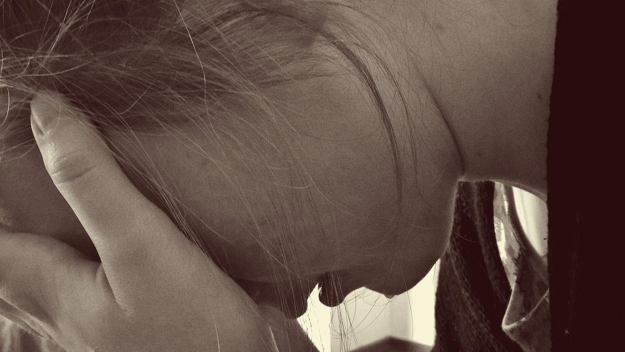 Gita a Venezia 14enne violentata da due coetanei e salvata da compagno