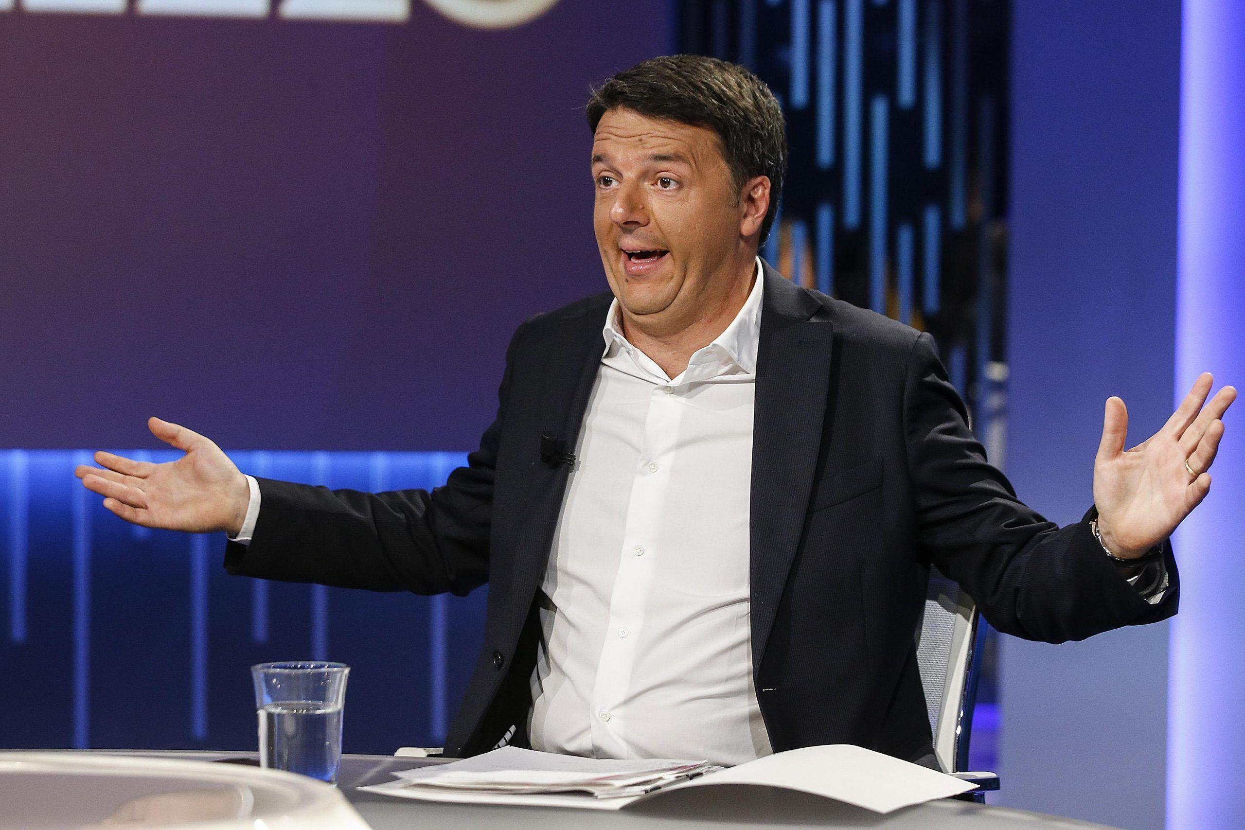 Matteo Renzi compra una villa da 1 milione e 300mila euro: ma non aveva solo 15mila euro sul conto?