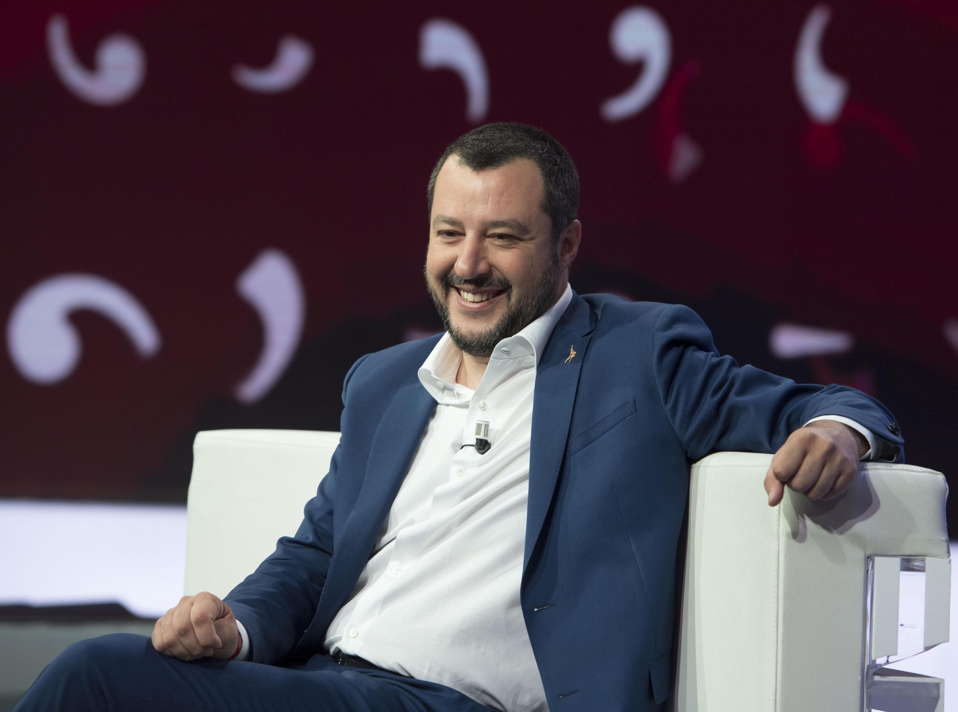 Salvini sui litigi Lega-M5s: 'Io e Di Maio siamo una coppia di fatto'