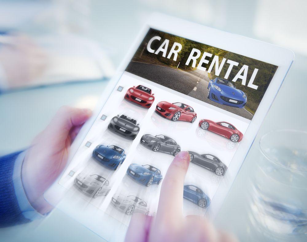 Noleggio a lungo termine per privati: conviene ancora comprare le auto?