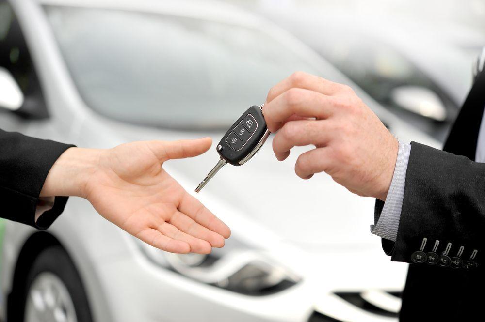 Noleggio e comprare auto, cosa conviene