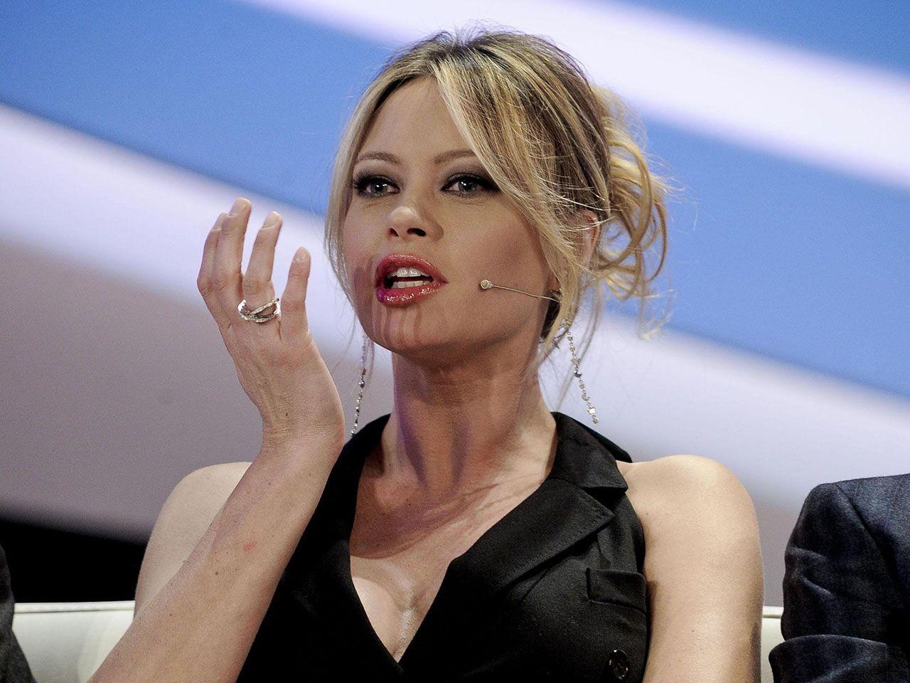Anna Falchi si sposa con Andrea Ruggieri? 'Sì, se riesco a divorziare…'