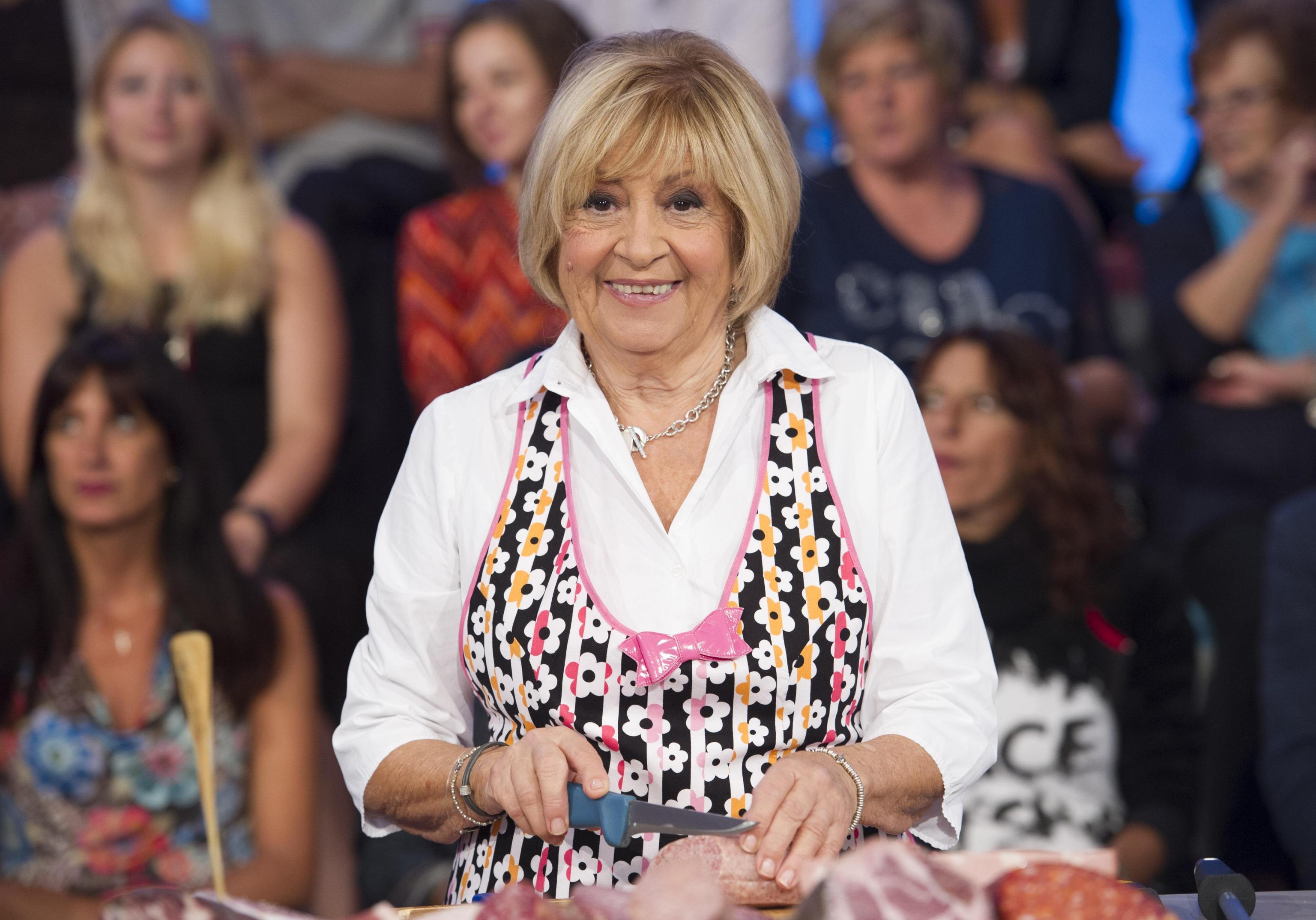 Anna Moroni lascia La Prova del Cuoco e la TV: 'Cucinerò solo per i miei nipoti'
