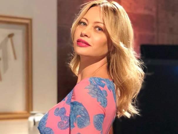 Anna Falchi: 'Un ministro sposato ci ha provato con me'
