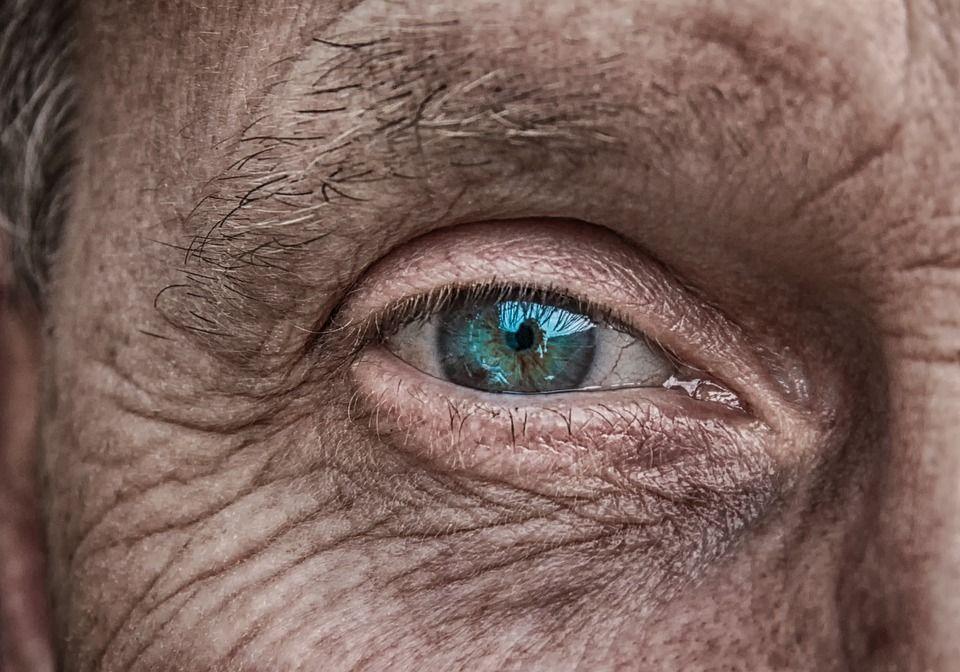 Anziano chiese di essere adottato ma nessuno rispose: è morto in solitudine