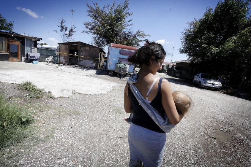 Roma: '5mila euro ai rom che aprono un'attività lavorativa'
