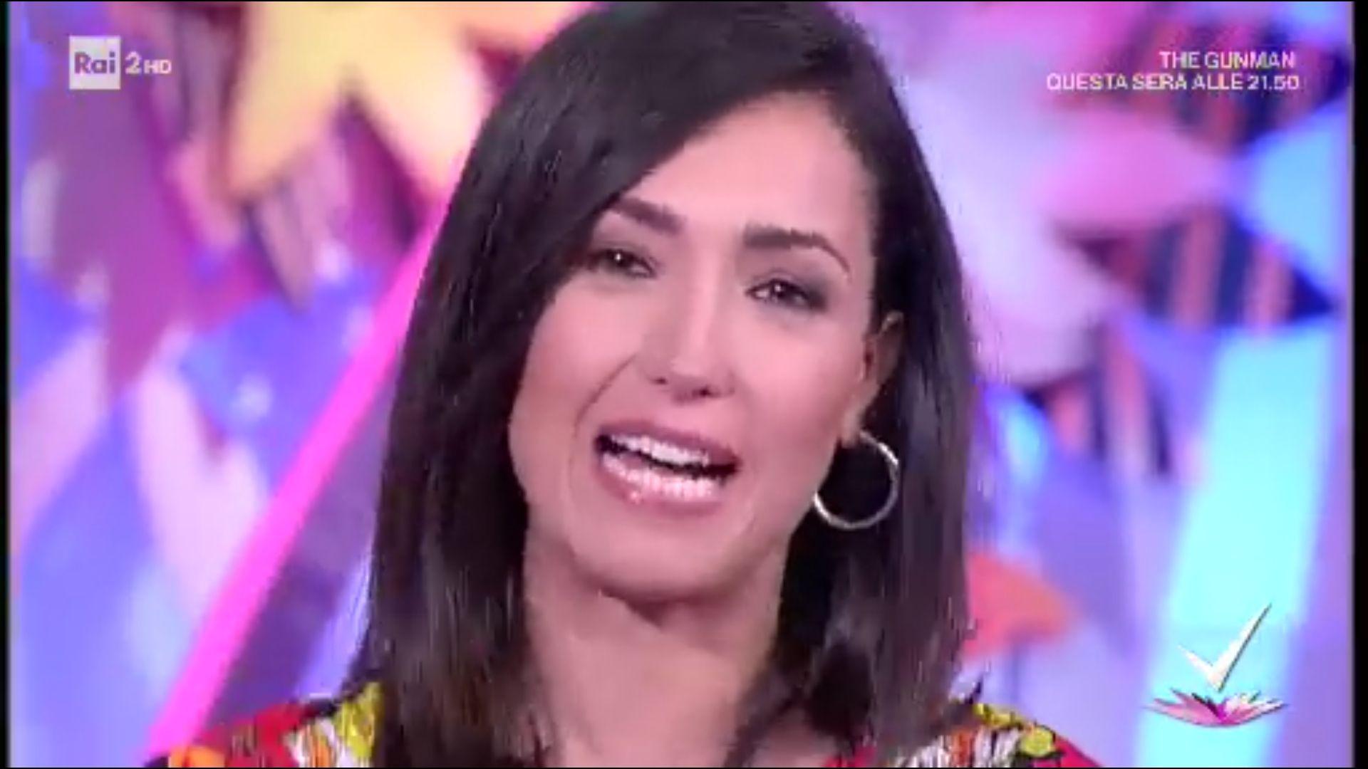 Caterina Balivo, commossa per l'addio a Detto Fatto: 'Chiamate già l'altra'