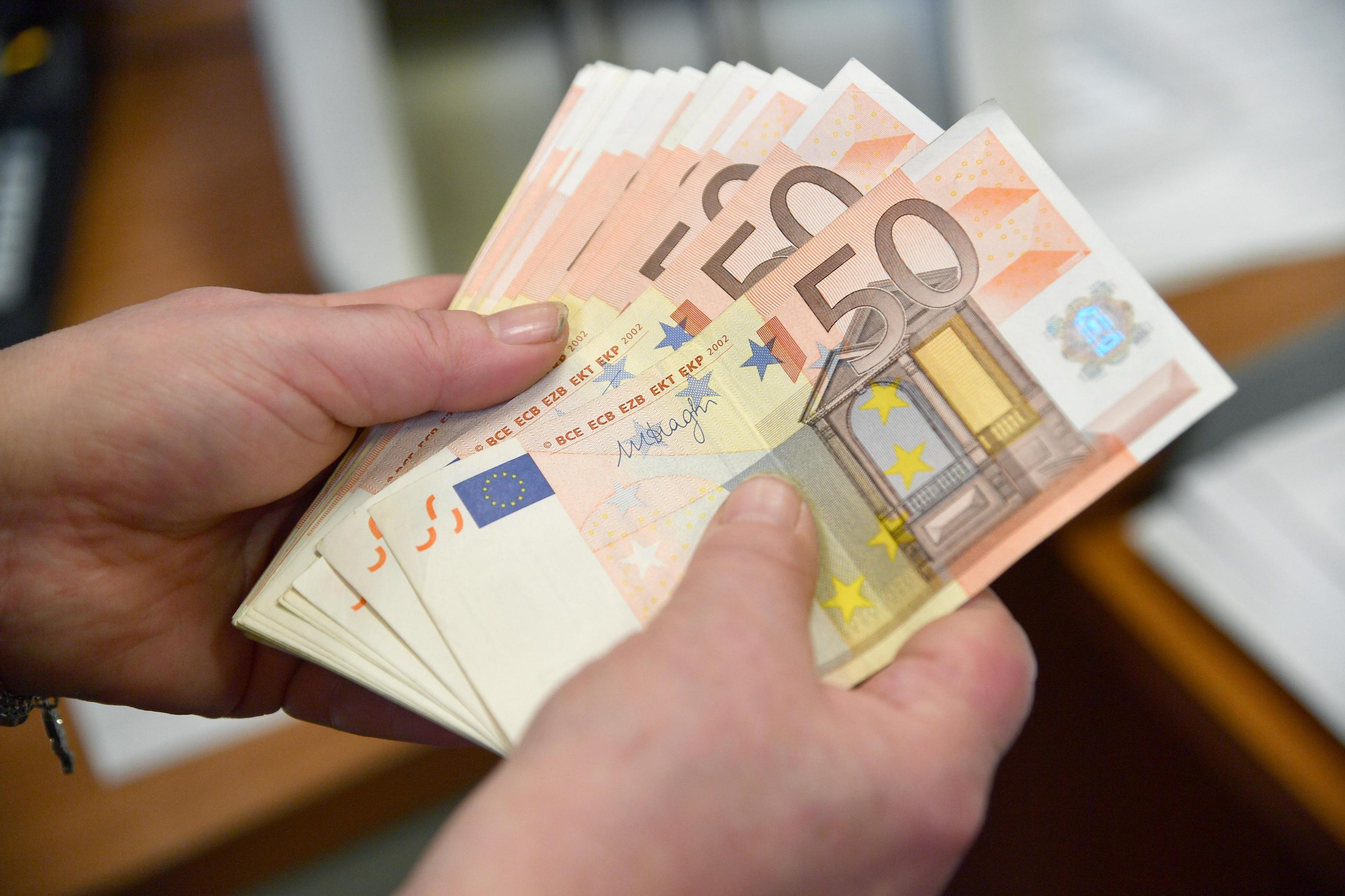 Segnalazione alla Banca d'Italia per prelievi e versamenti oltre i 3mila euro