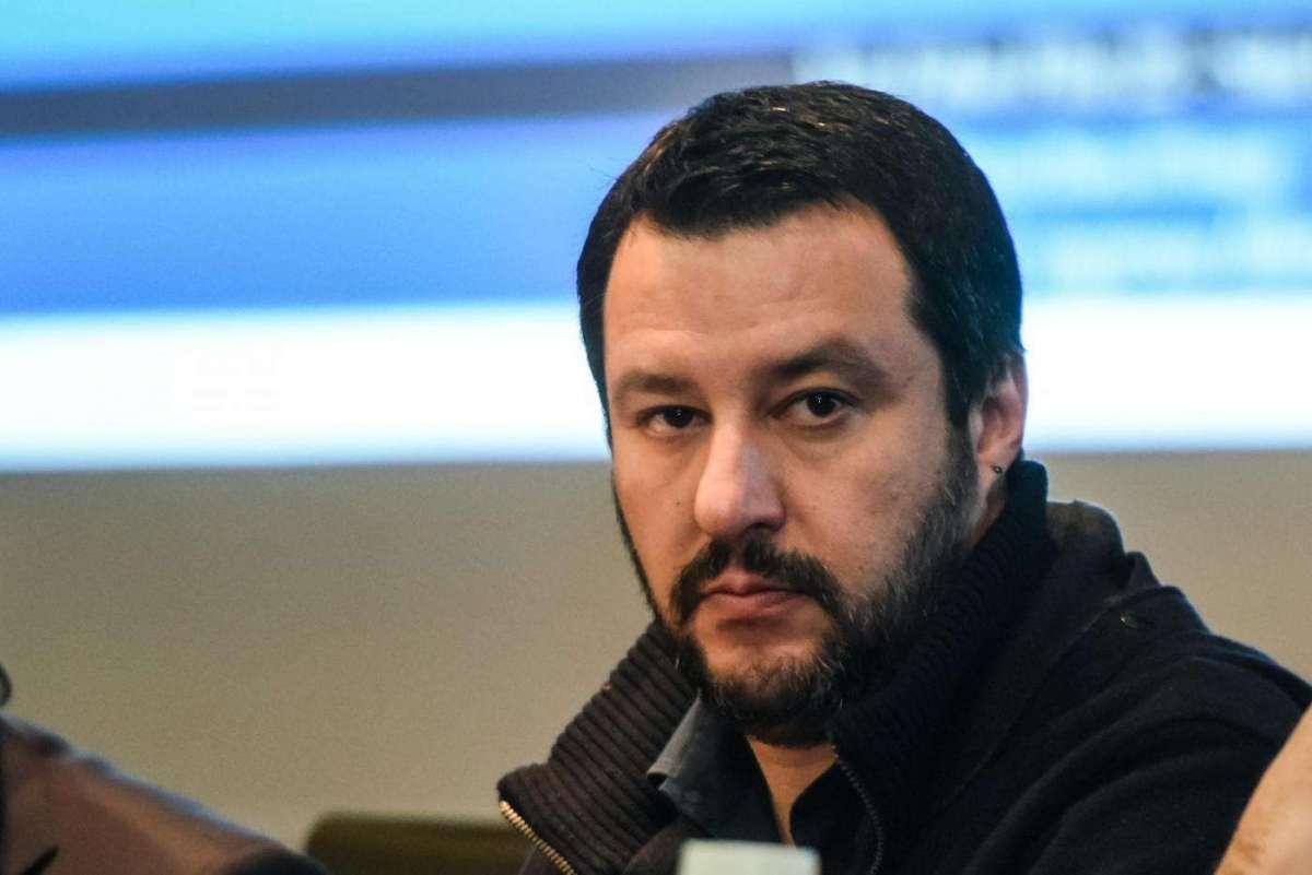 Salvini contro i vaccini 'bacchettato' anche dal virologo Burioni