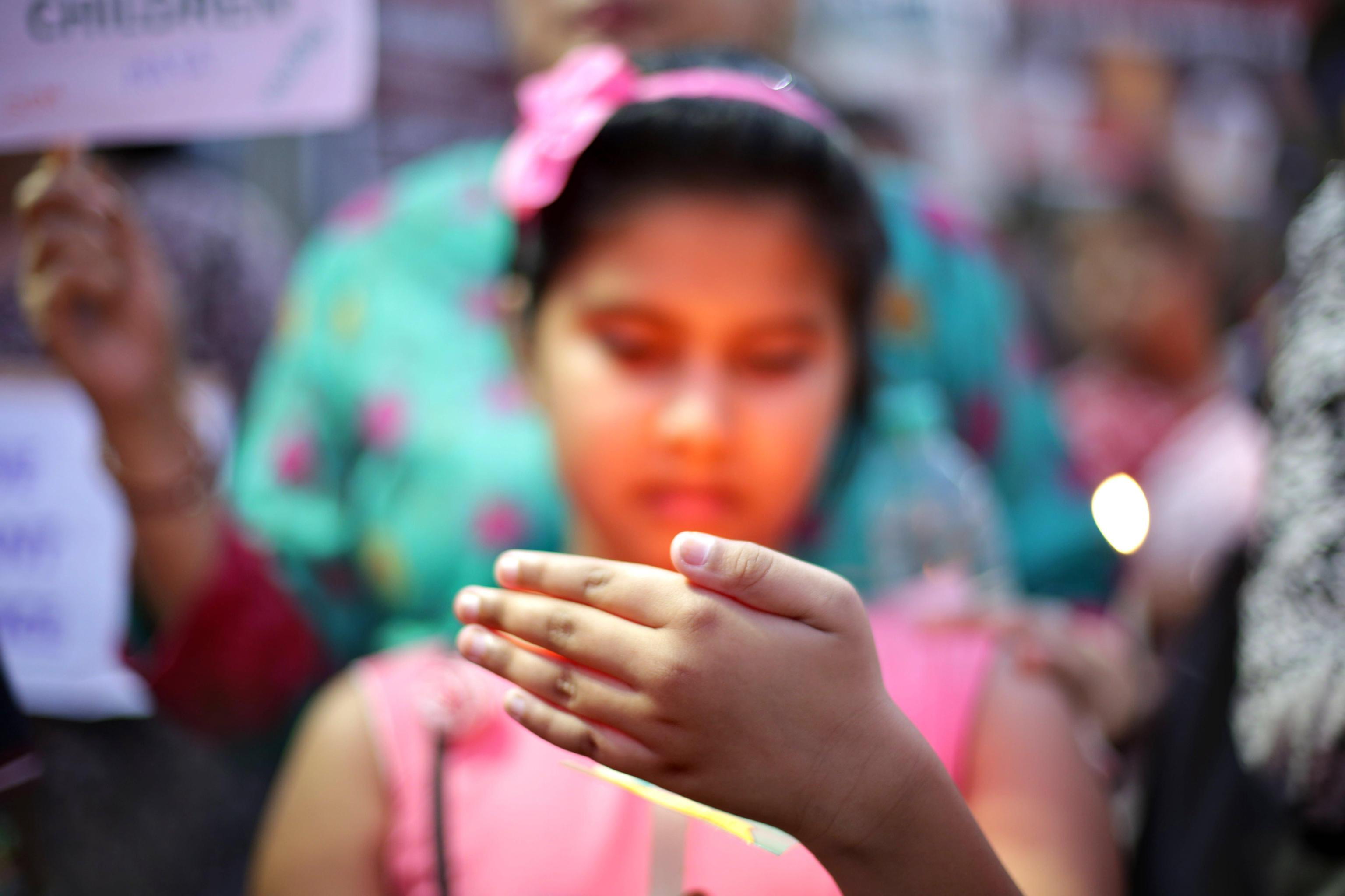 Lotta agli stupri in India, pena di morte per chi violenta bambini fino a 12 anni