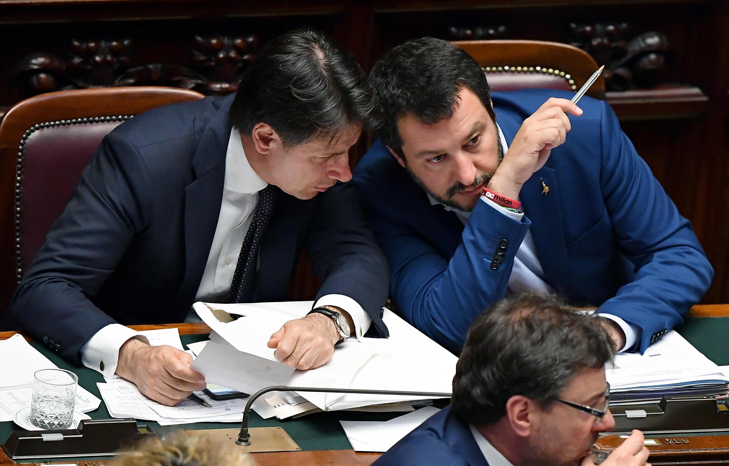 Salvini: 'Chi guadagna di più paghi meno tasse'… ma l'ha detto davvero?