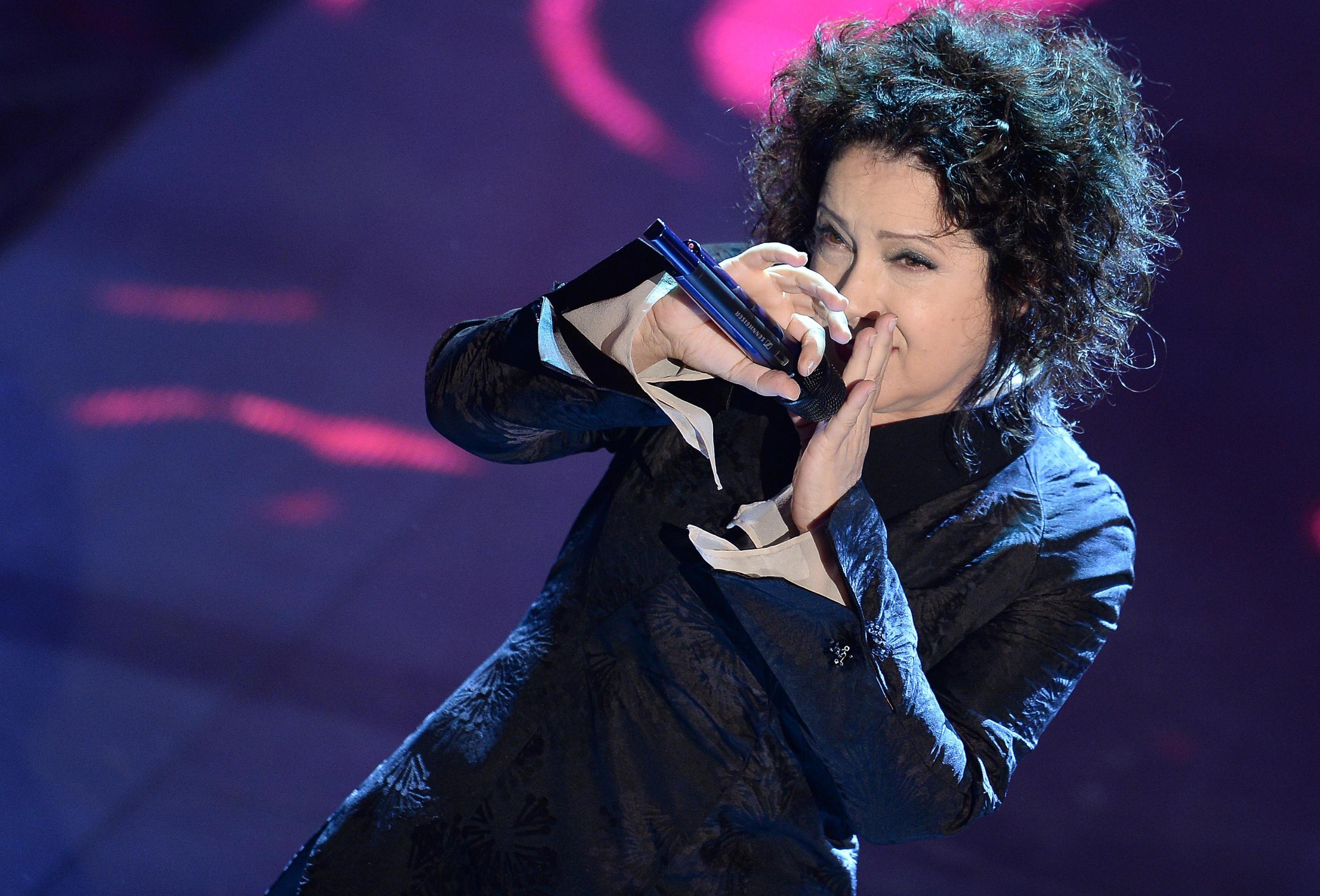 Antonella Ruggiero contro i talent show: 'Prendono in giro i ragazzi'