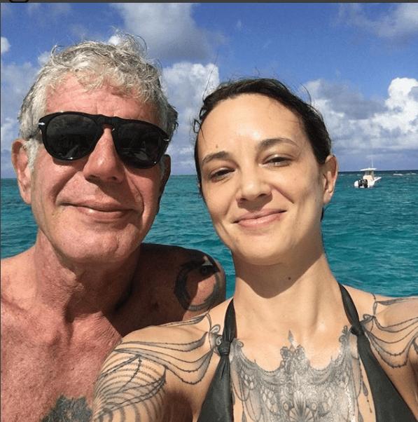 Asia Argento pubblica gli sfoghi di Bourdin sul suicidio: 'Mi spezza il cuore leggerli'