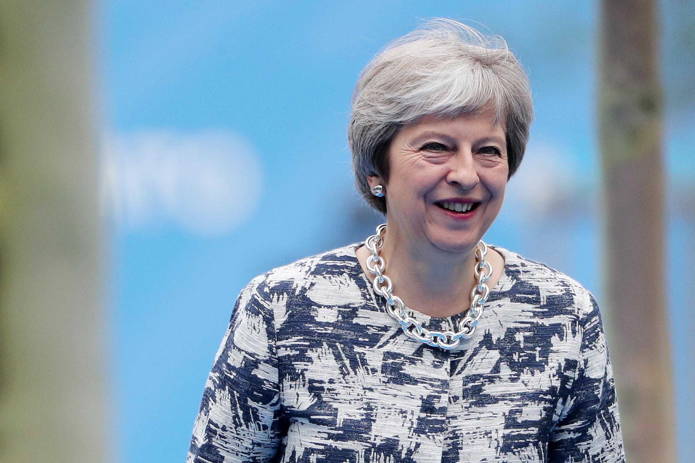 Brexit, Theresa May 'Stop alle persone dall'Europa in cerca di un lavoro'