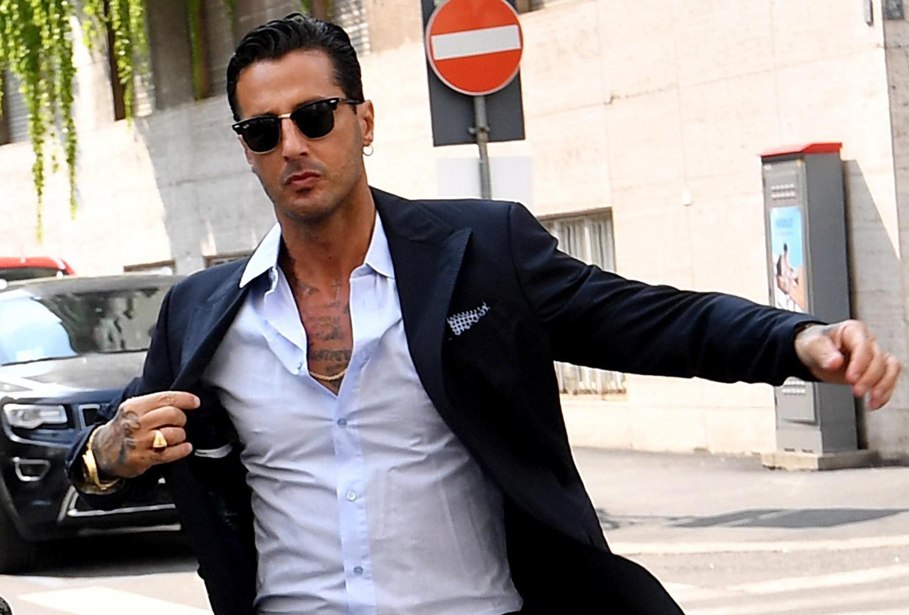 Fabrizio Corona, il flirt con Monica Bellucci: 'Non ebbi il coraggio di andare avanti'