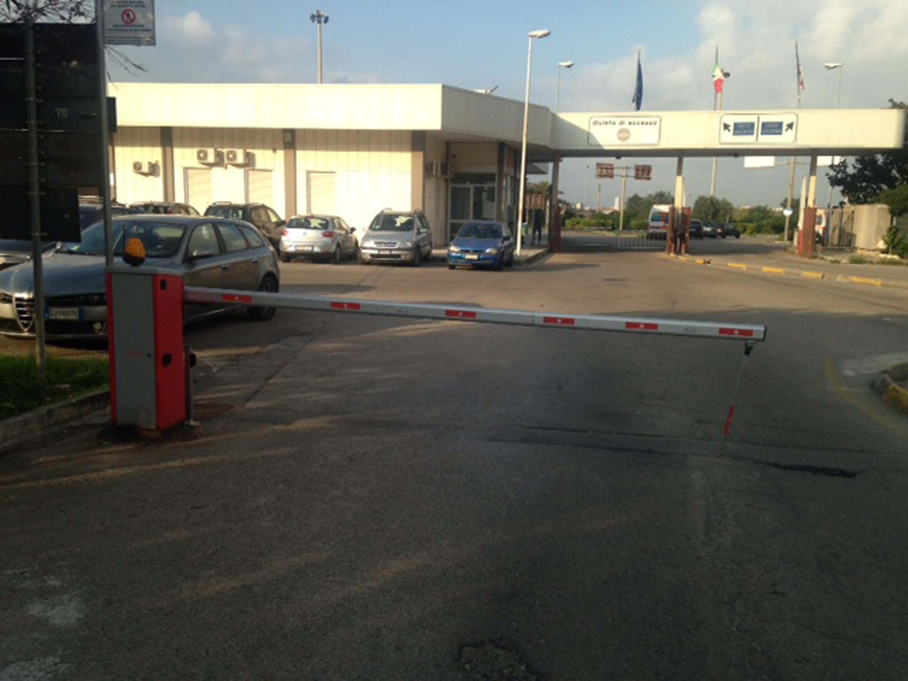 Grave incidente a Lecce: bambino di 8 anni vaga nel buio in cerca di aiuto