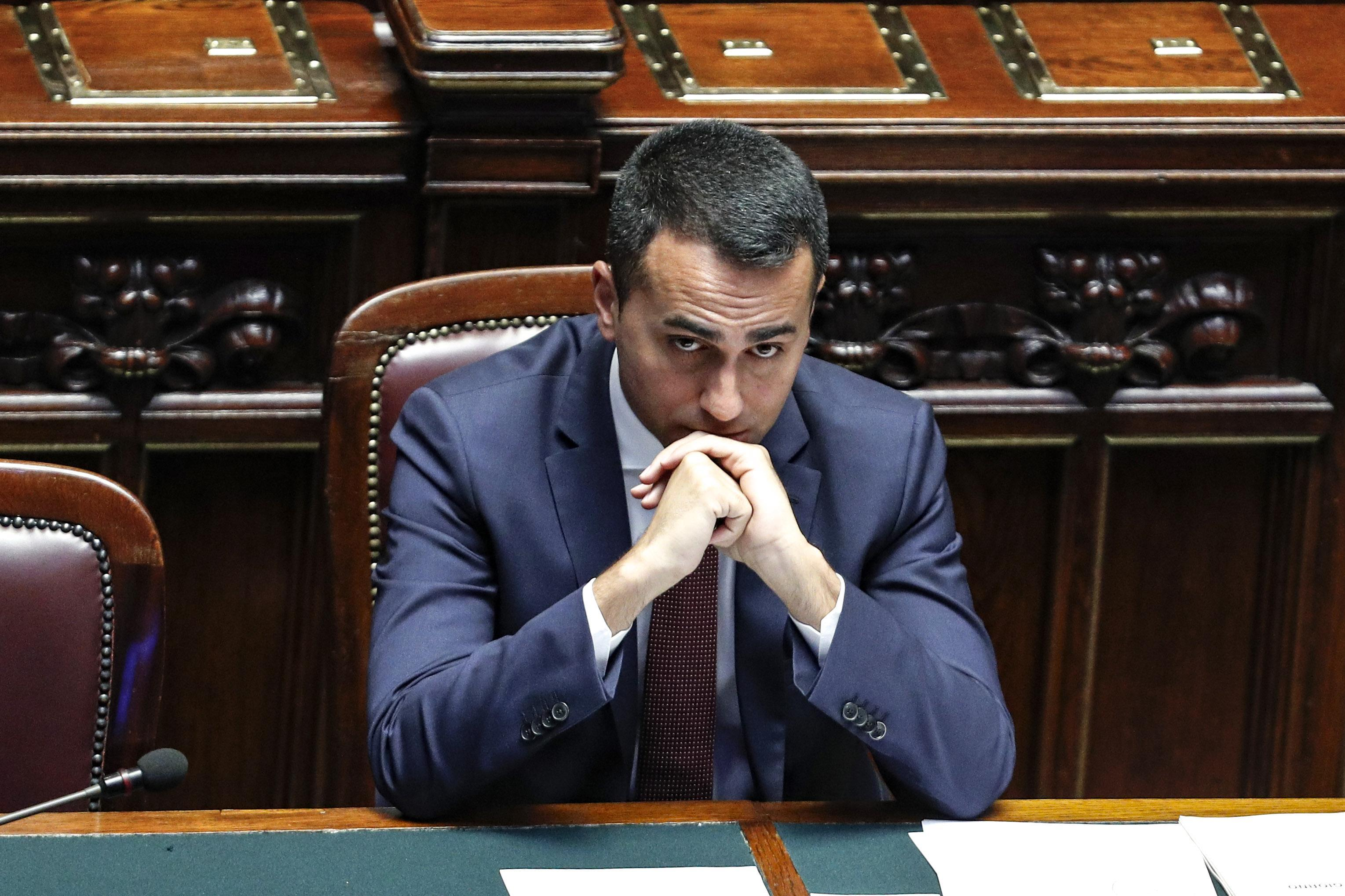 Decreto dignità: +160 euro annui per badanti e colf, stangata per le famiglie