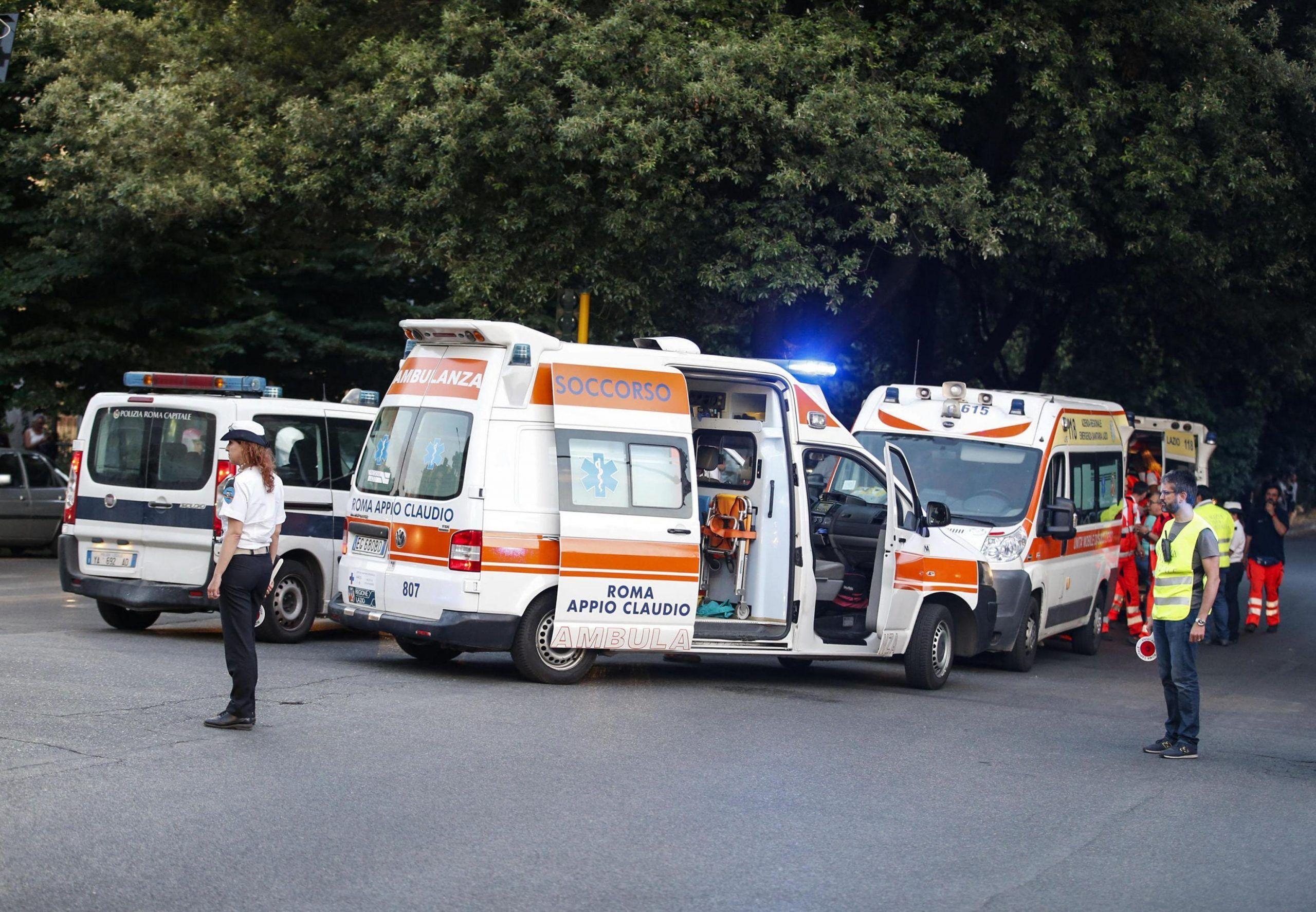 Incidente a Roma 22enne travolta e uccisa da un bus turistico