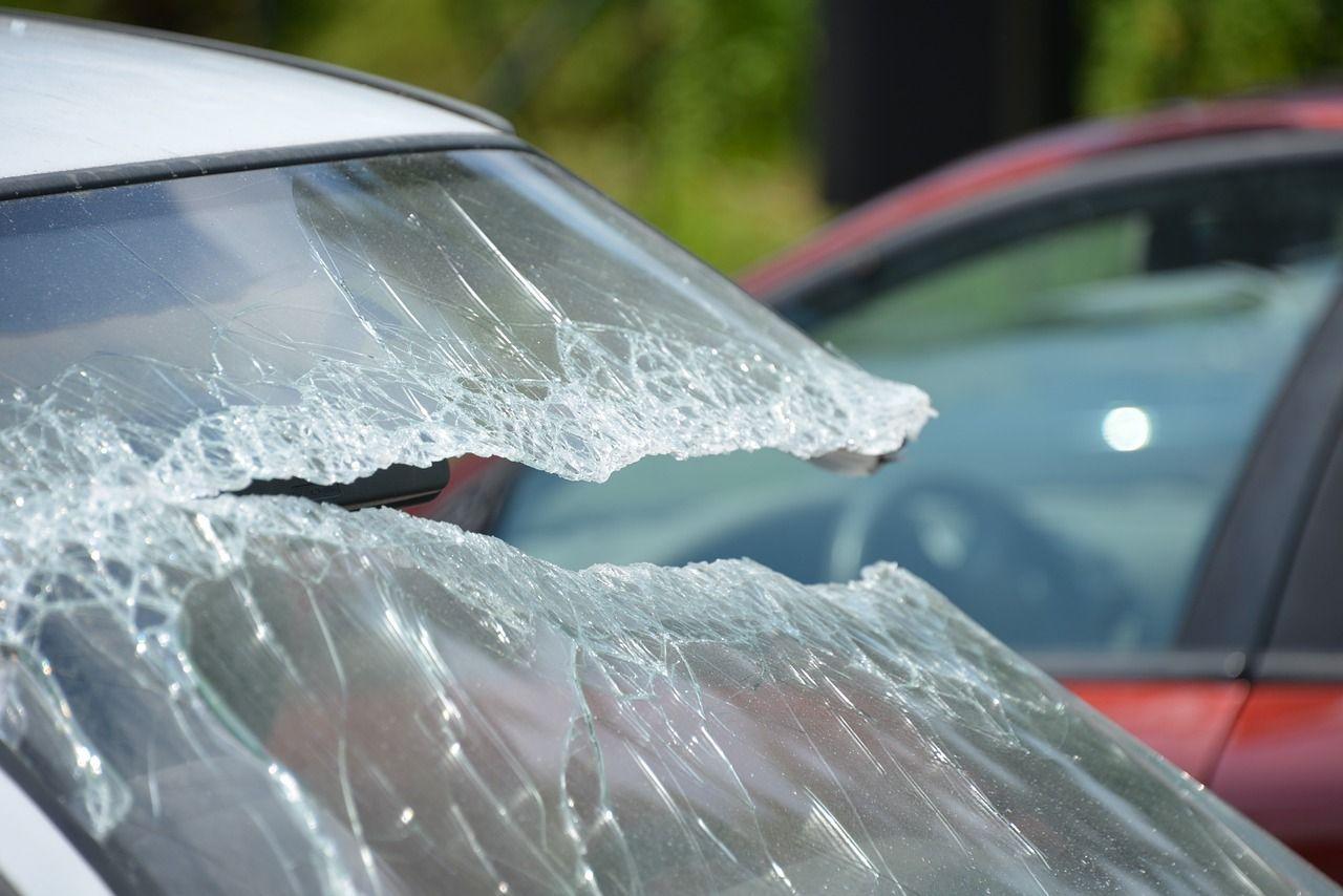 Paura a Lanciano: sasso lanciato in autostrada, 75enne salvo per miracolo