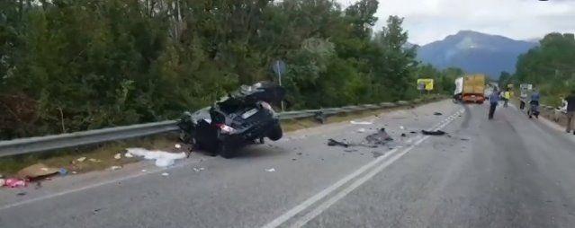 Auto contro tir sulla Cassino-Sora: muore giovane mamma grave la figlia di 3 anni