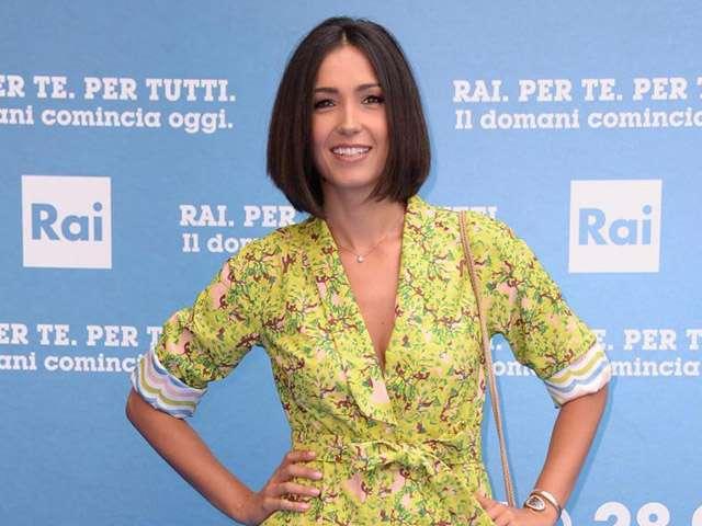 Caterina Balivo senza trucco su Instagram: 'Non ho mai amato guardarmi allo specchio'