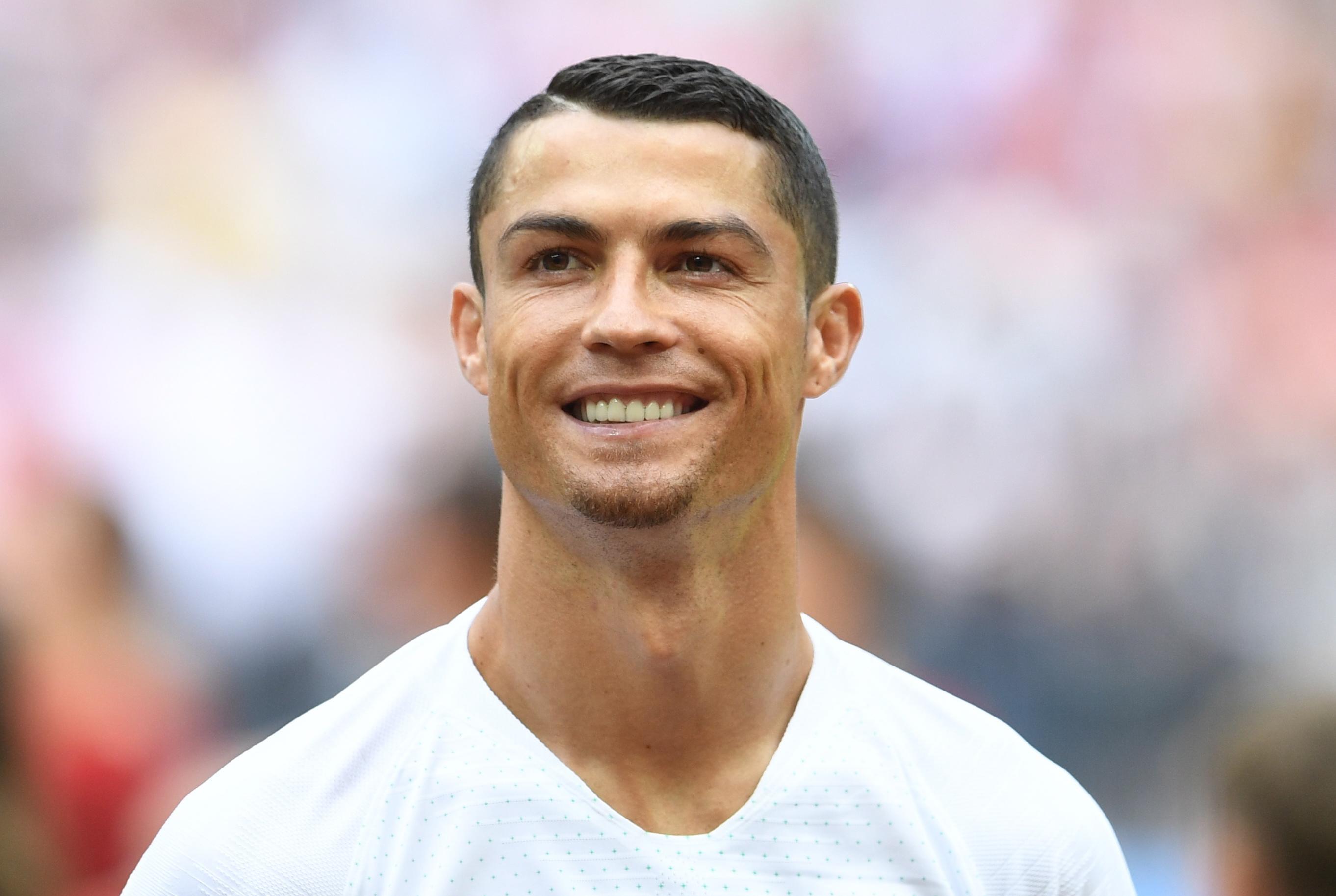 Cristiano Ronaldo alla Juve: 'E' arrivato a Torino', ma era Armando Izzo