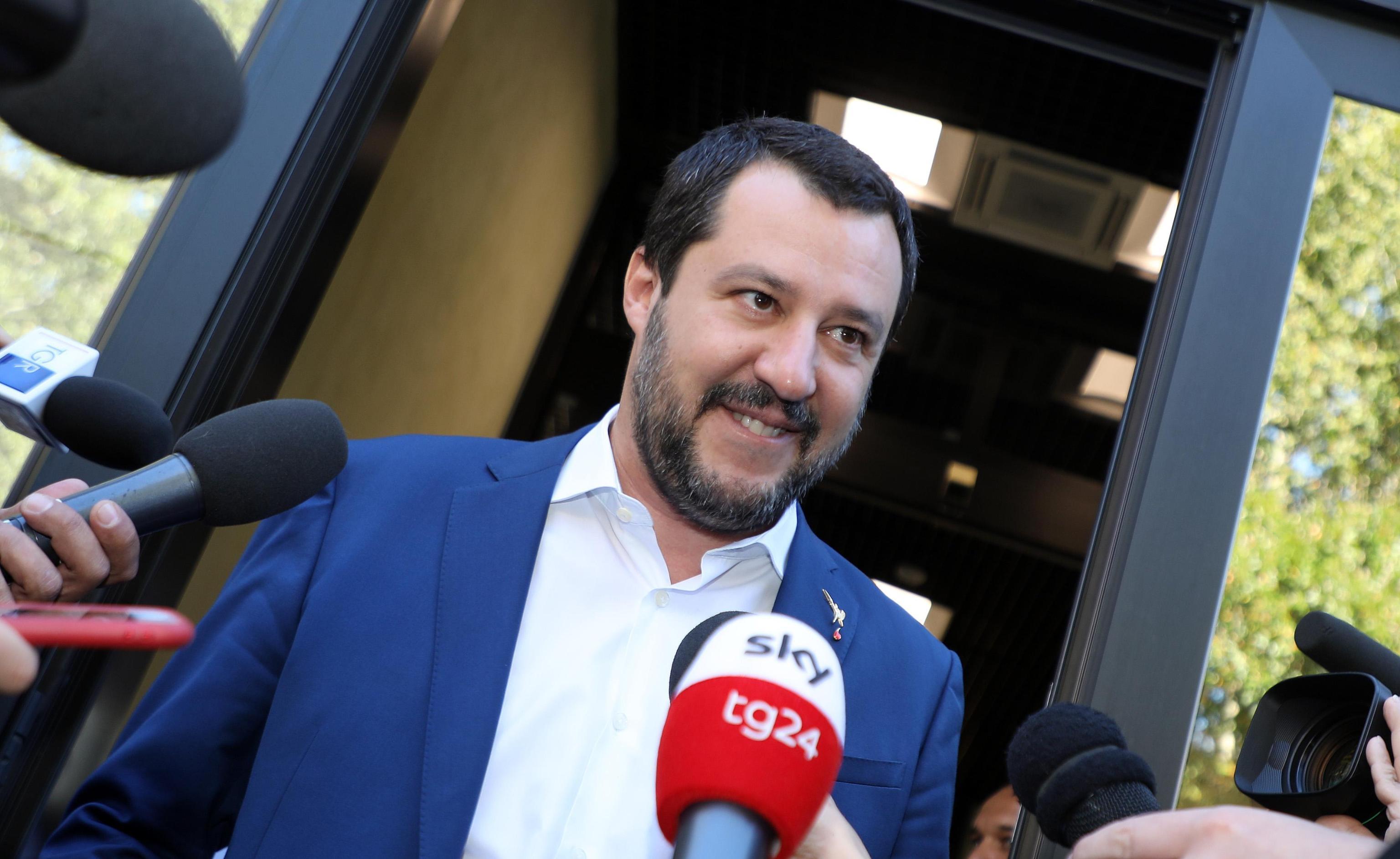 Salvini sulle pensioni: 'Taglio gli assegni ai migranti e alzo le minime'