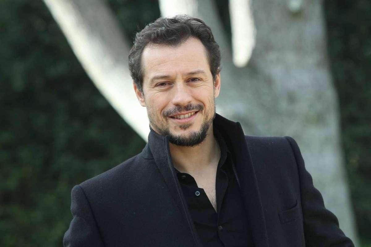 Stefano Accorsi su Bianca Vitali: 'La differenza di età mi faceva impressione'