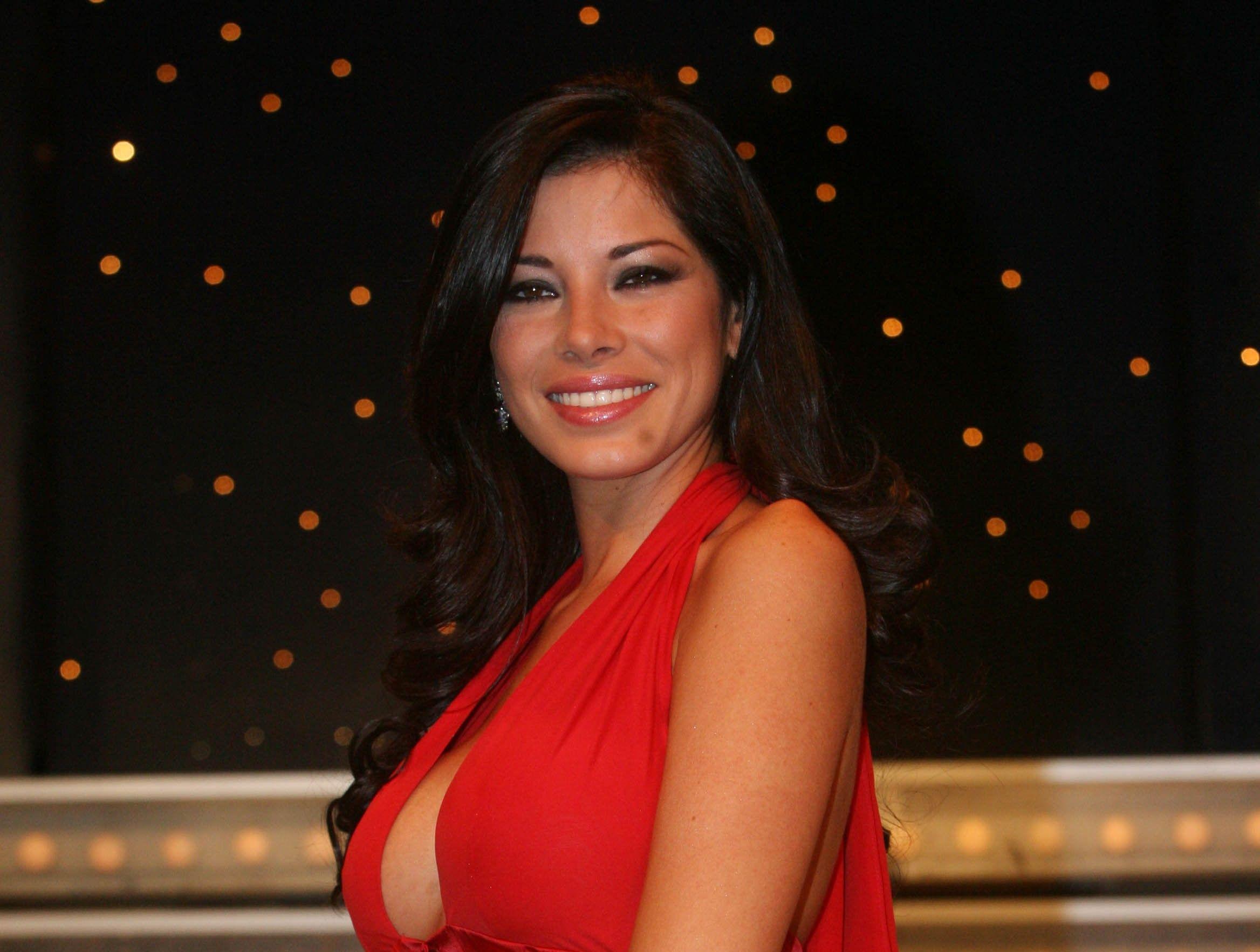 Aida Yespica tradita da Geppi Lama sbotta sui social: 'Idiota io un'altra volta!'