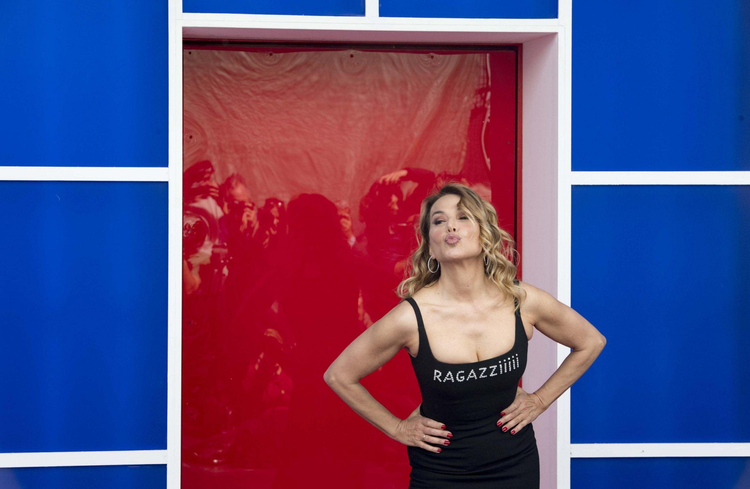 Barbara D'Urso: 'Tutti i politici mi amano e vogliono candidarmi'
