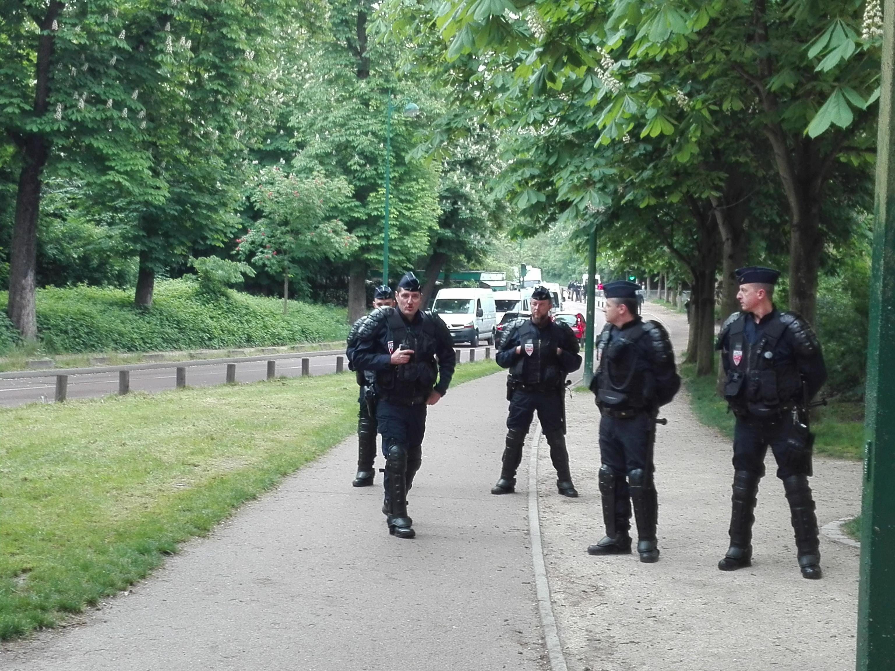 Francia, attacco col coltello: 2 morti e 2 feriti gravi. Aggressore ucciso dalla Polizia