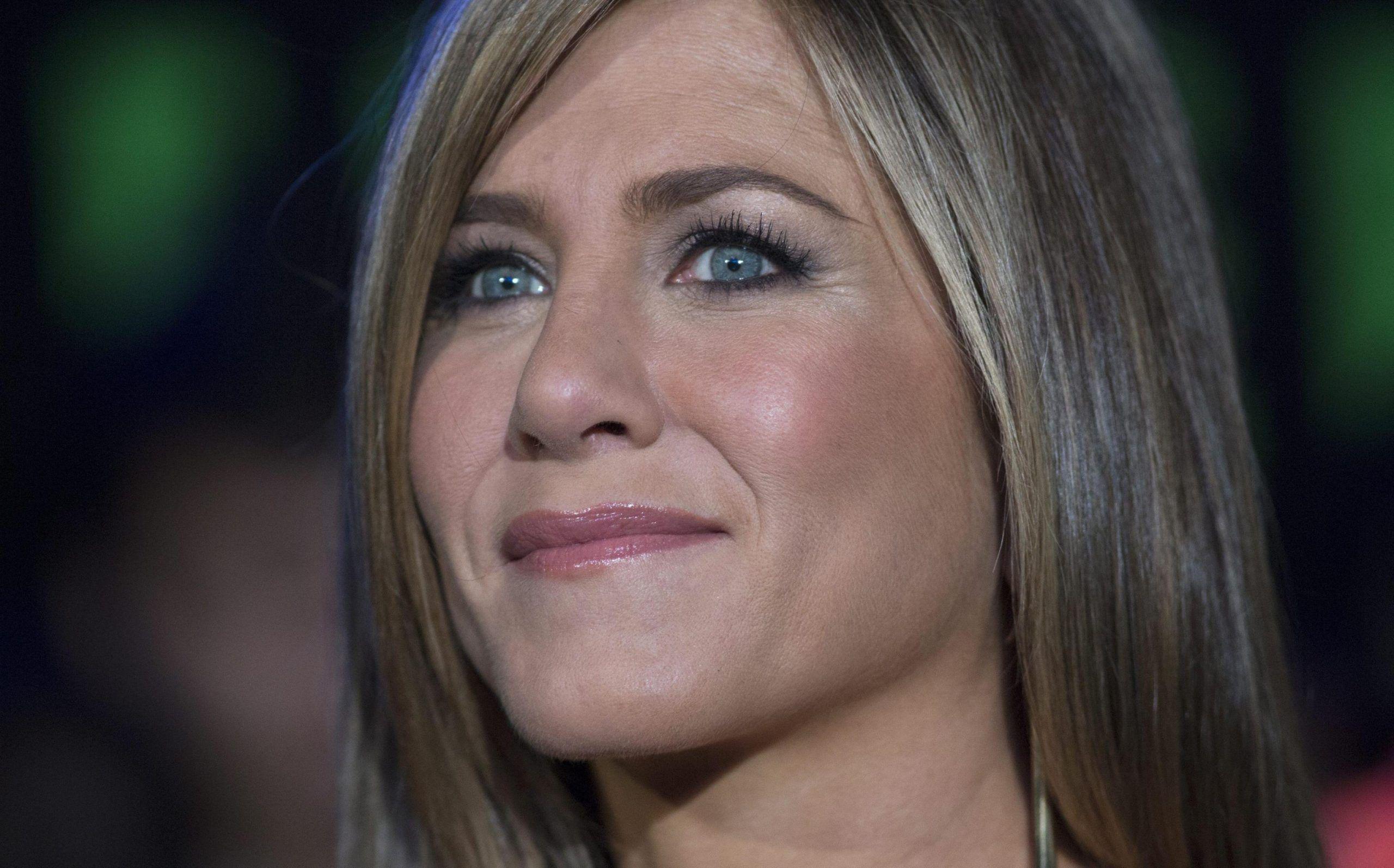 Jennifer Aniston: 'Non trattate le donne senza figli come merce danneggiata'