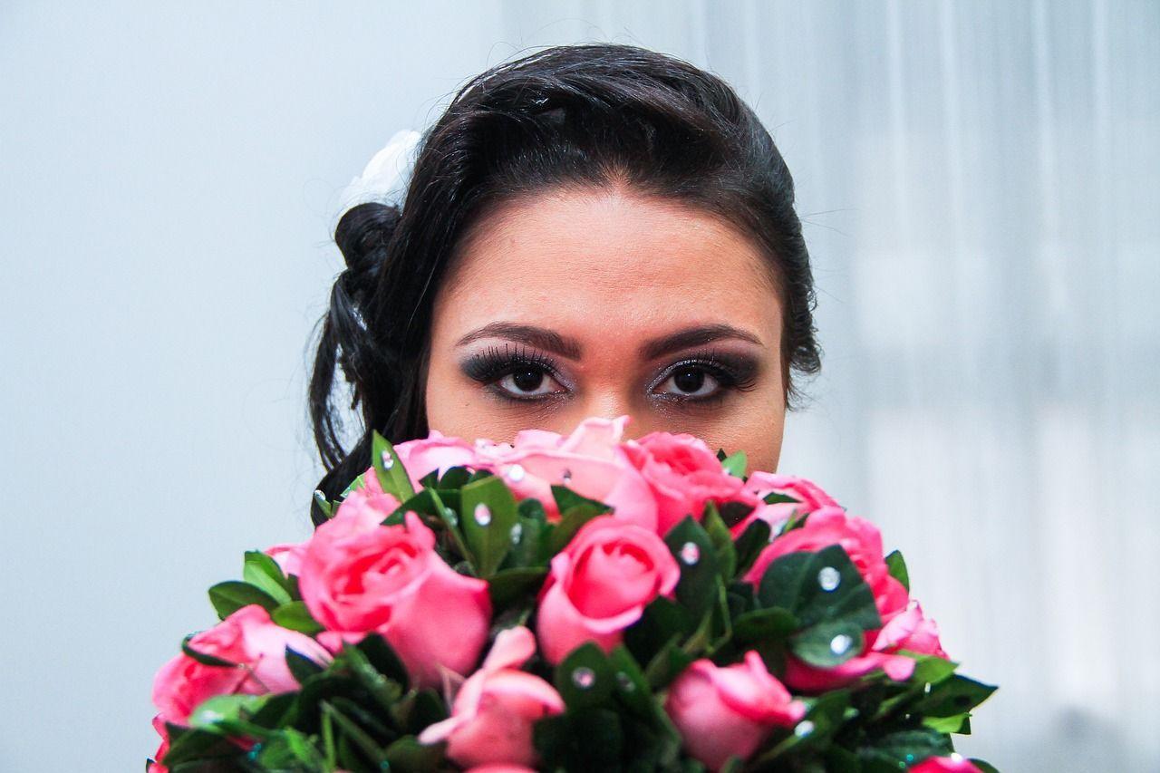 Sposa chiede 1290 euro a ogni invitato per il suo matrimonio da favola e si ritrova senza marito