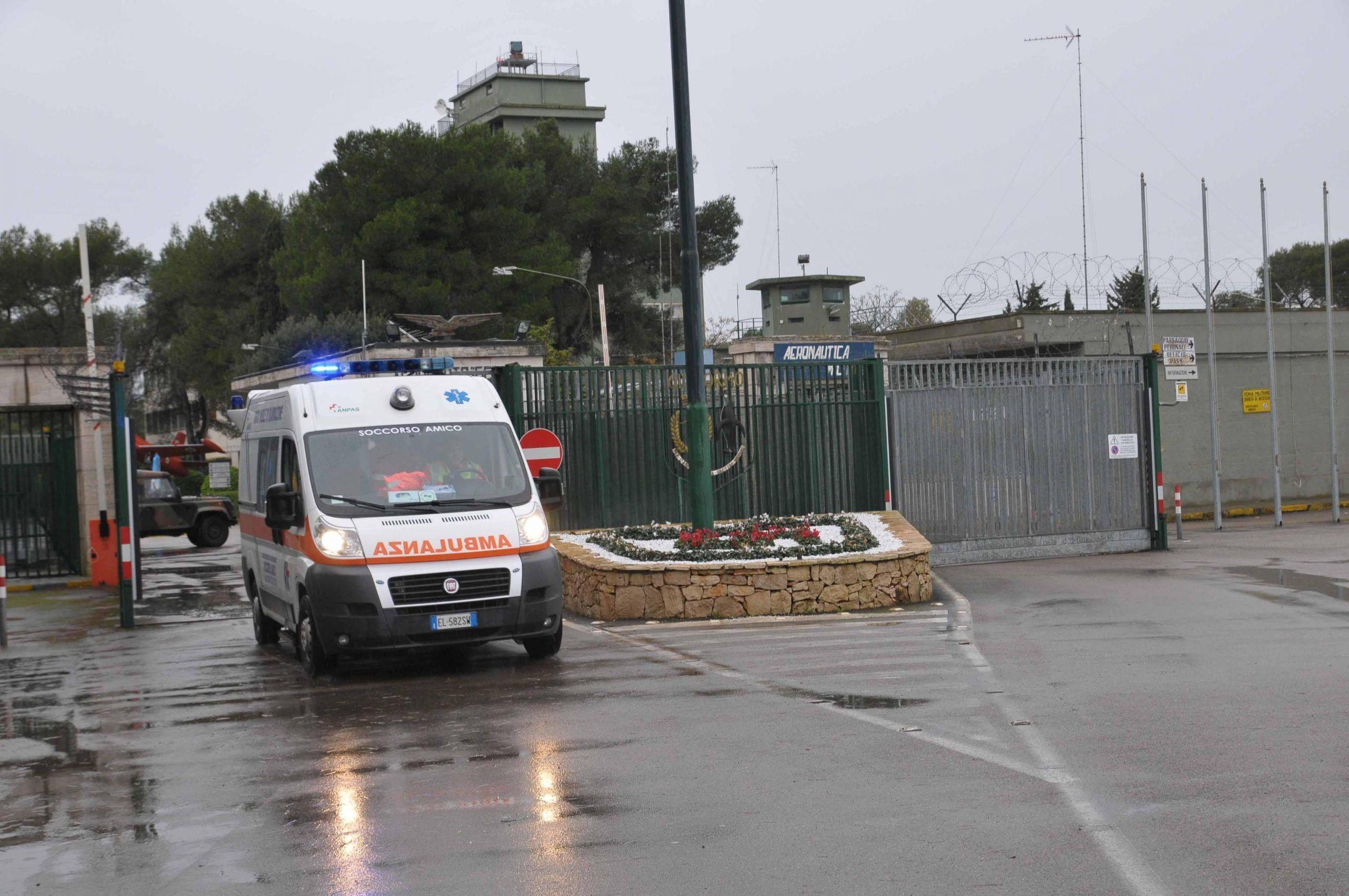 Taranto si schianta con la minimoto contro un muretto muore bimbo di 9 anni