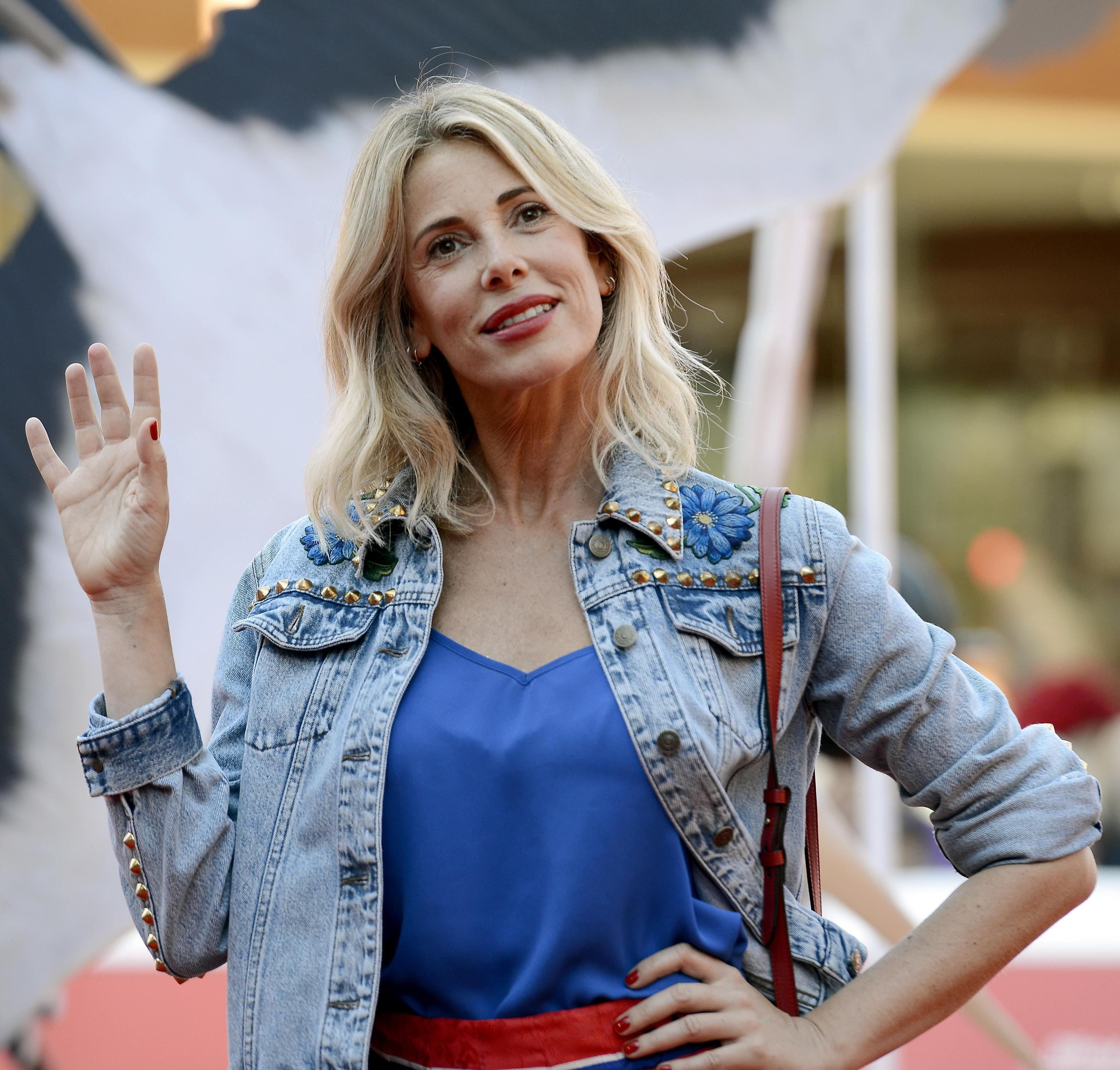 Alessia Marcuzzi al posto di Ilary Blasi a Le Iene