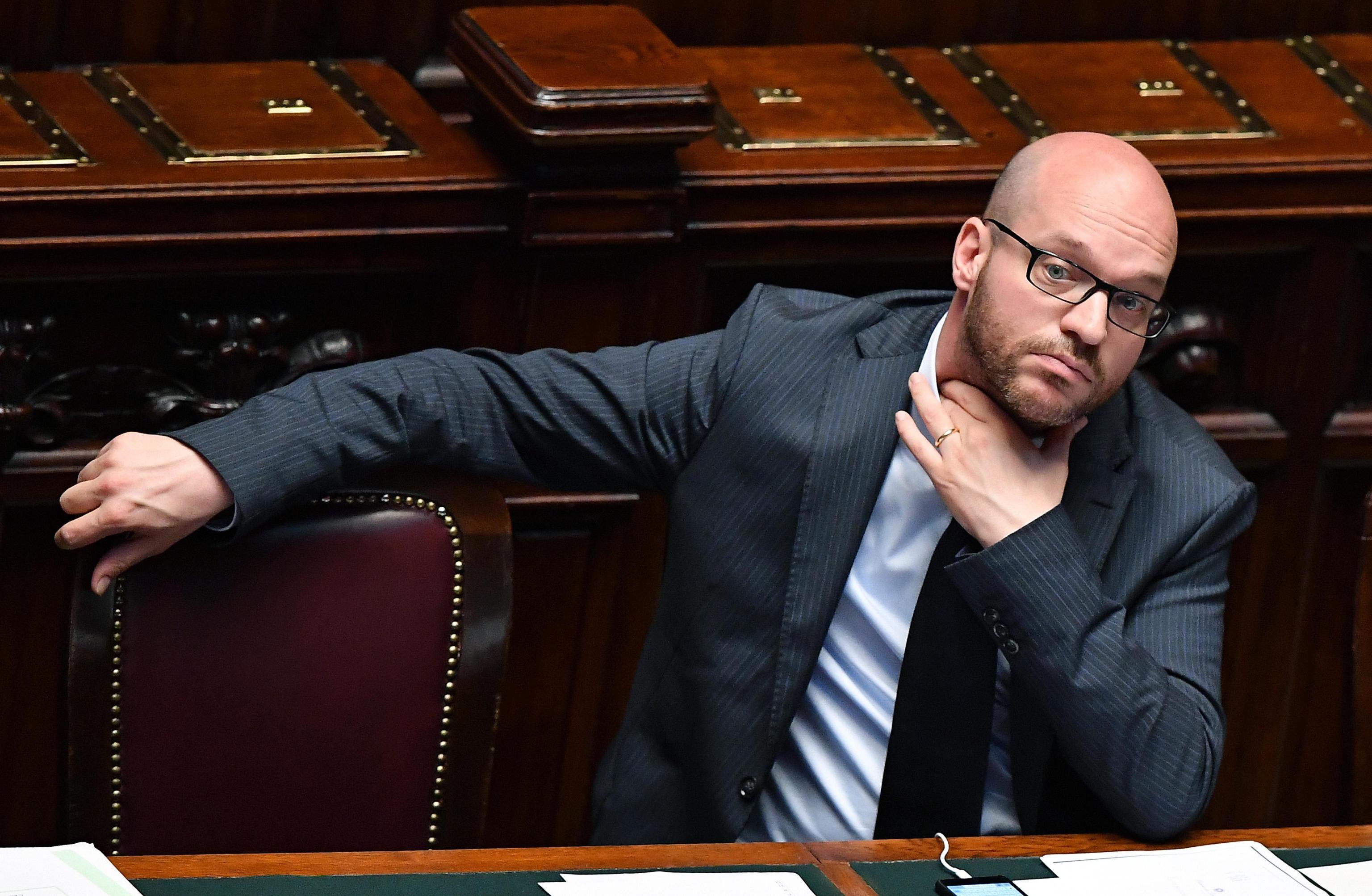 Razzismo: ministro Fontana, abolire legge Mancino