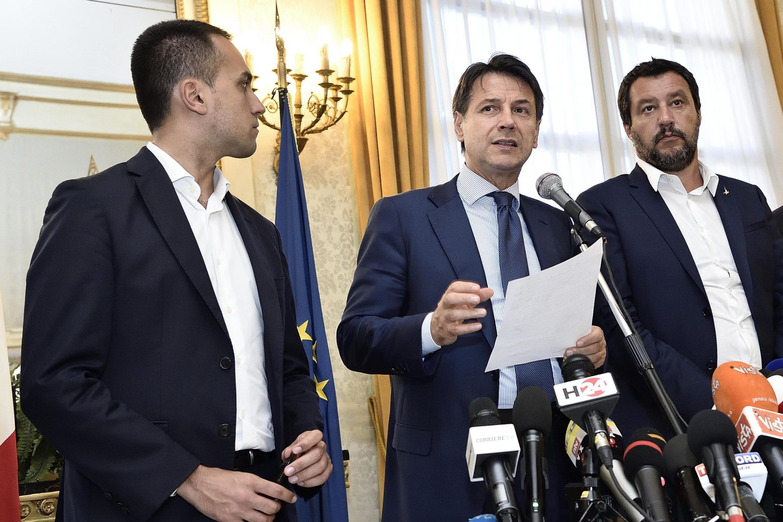 Ponte Morandi: Salvini frena sulla revoca delle concessioni a Autostrade, ma Di Maio tira dritto