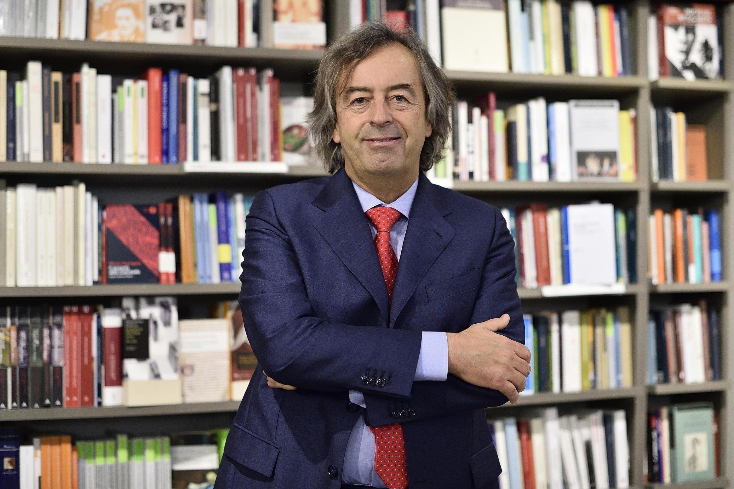 Vaccini, Burioni contro Grillo: 'Obbligo flessibile è come allacciare la cintura dopo l'incidente'