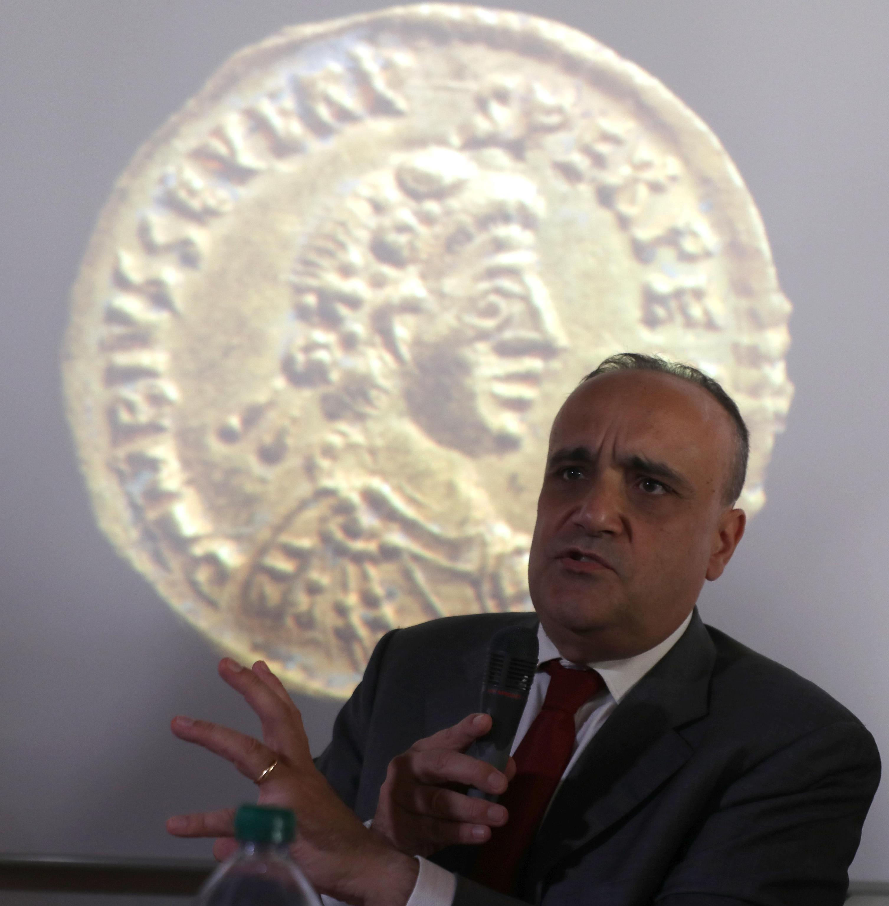 Alberto Bonisoli: 'Abolirei la storia dell'arte', la battuta del ministro ai beni culturali