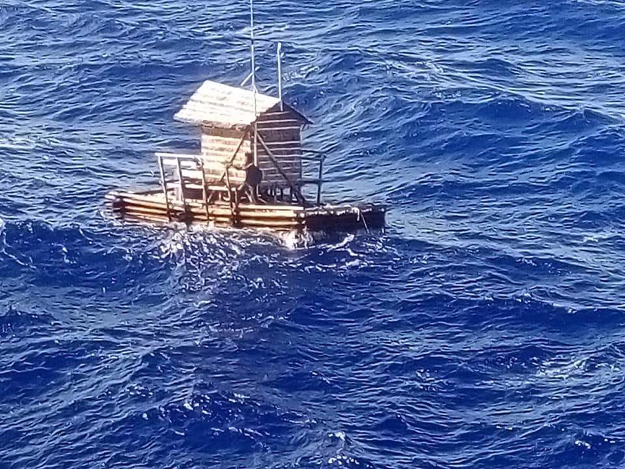 Indonesiano sopravvive 49 giorni in oceano