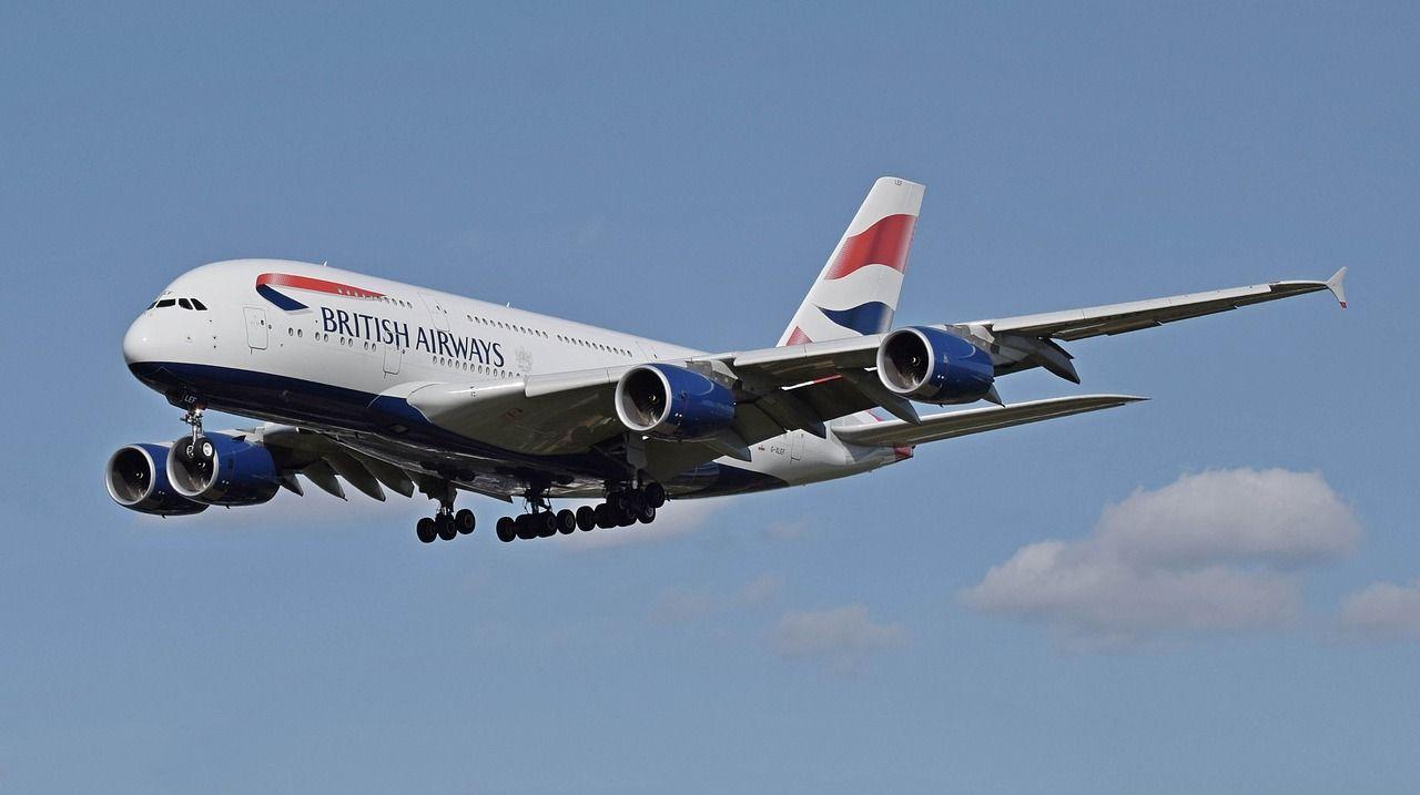 British Airways hackerata: violati i dati di pagamento con carta di credito di circa 380mila clienti