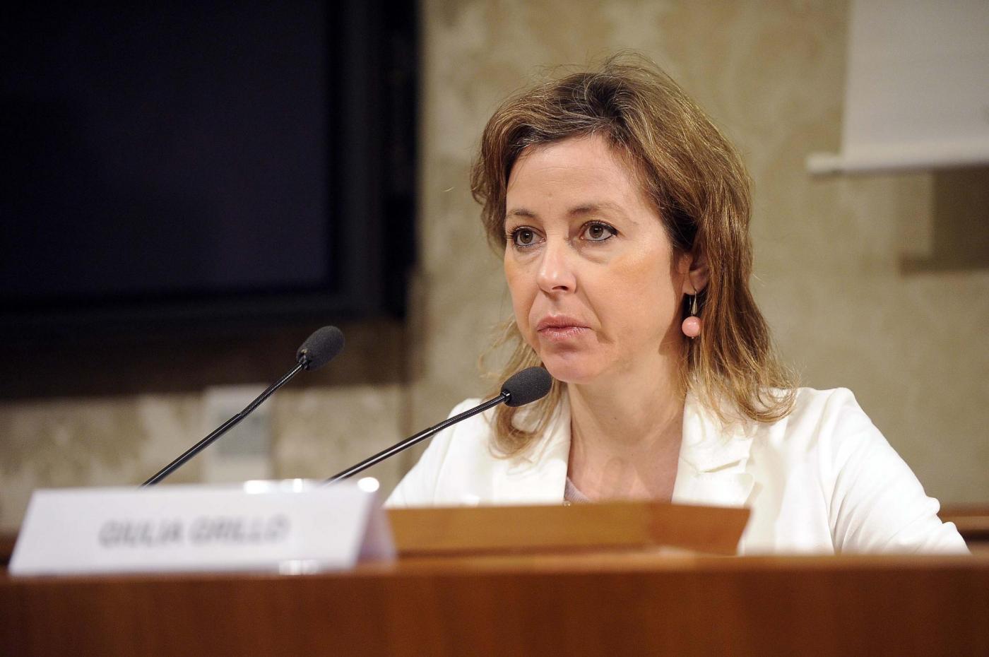 Vaccini, Giulia Grillo: 'Obbligo solo per il morbillo, non per l'esavalente'
