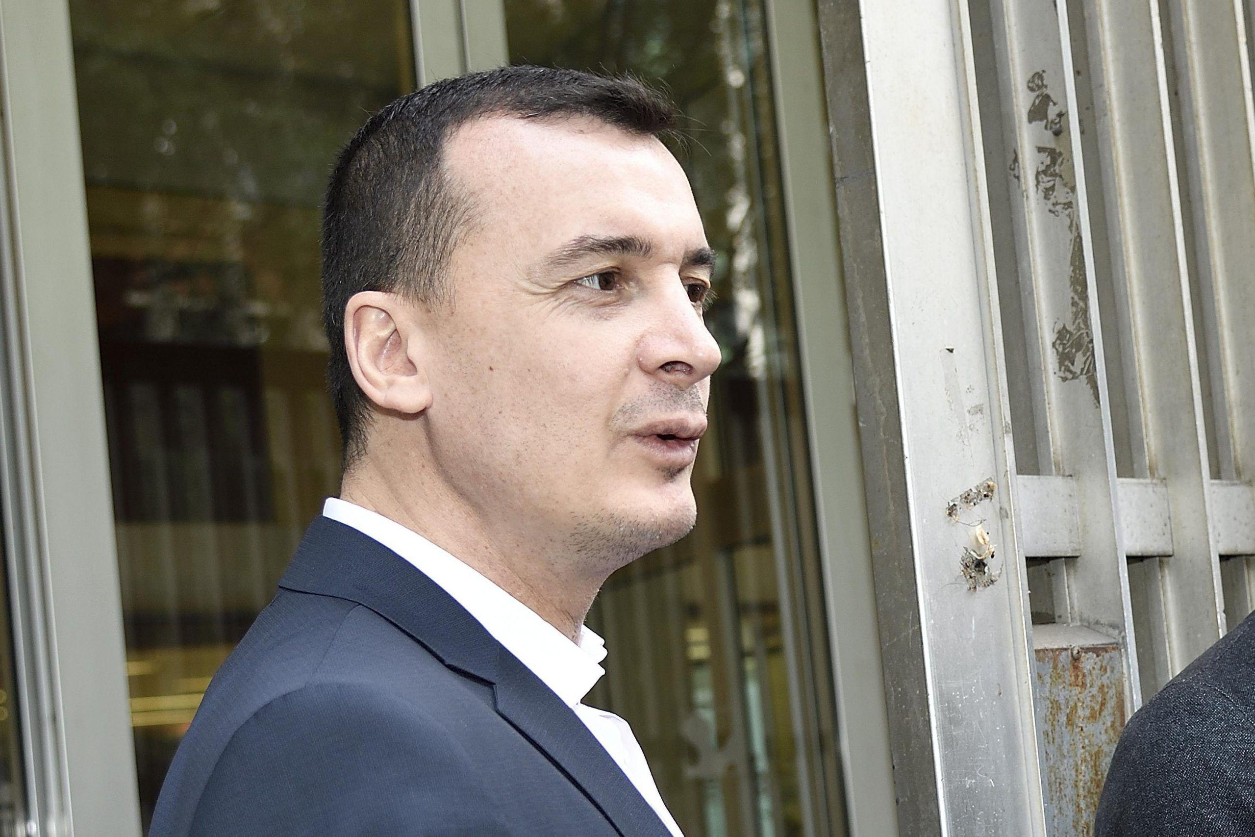 Rocco Casalino sullo stipendio più alto di Palazzo Chigi: 'Me lo merito'