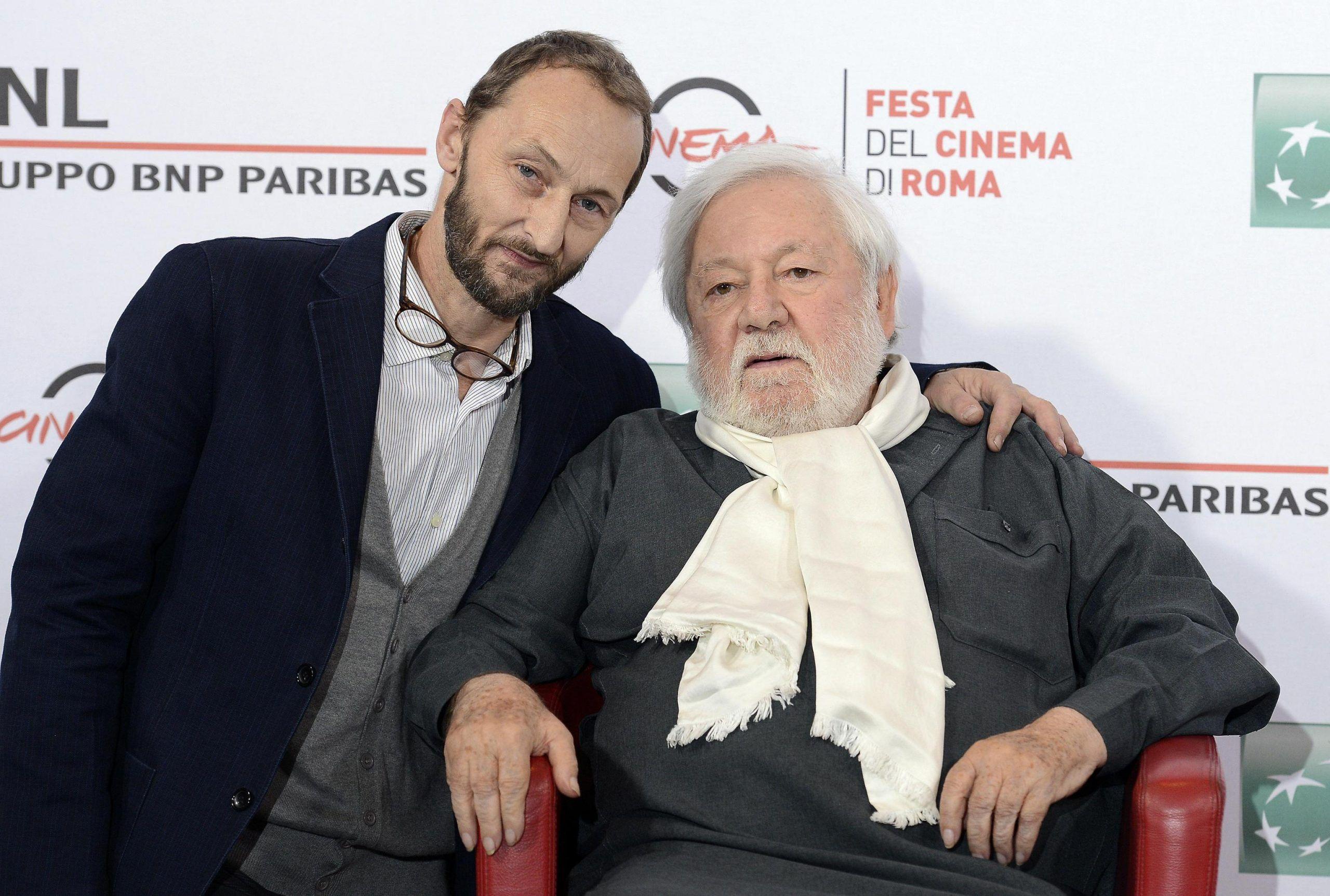 Paolo Villaggio, il figlio Piero a Storie Italiane: 'Papà è stato assente ma non è colpa sua se mi drogavo'