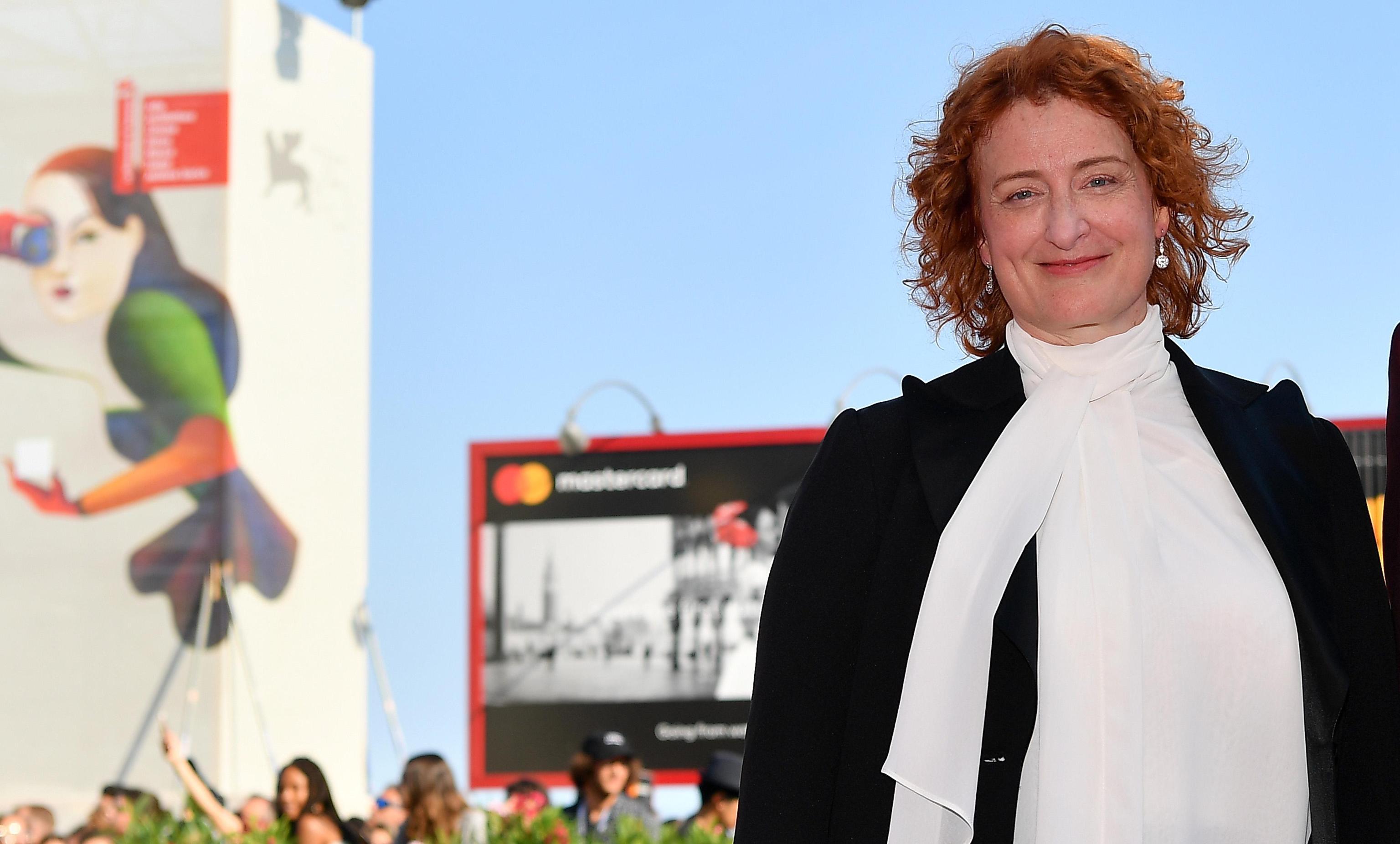 Jennifer Kent, giornalista insulta la regista: 'Vergogna put***a, fai schifo'